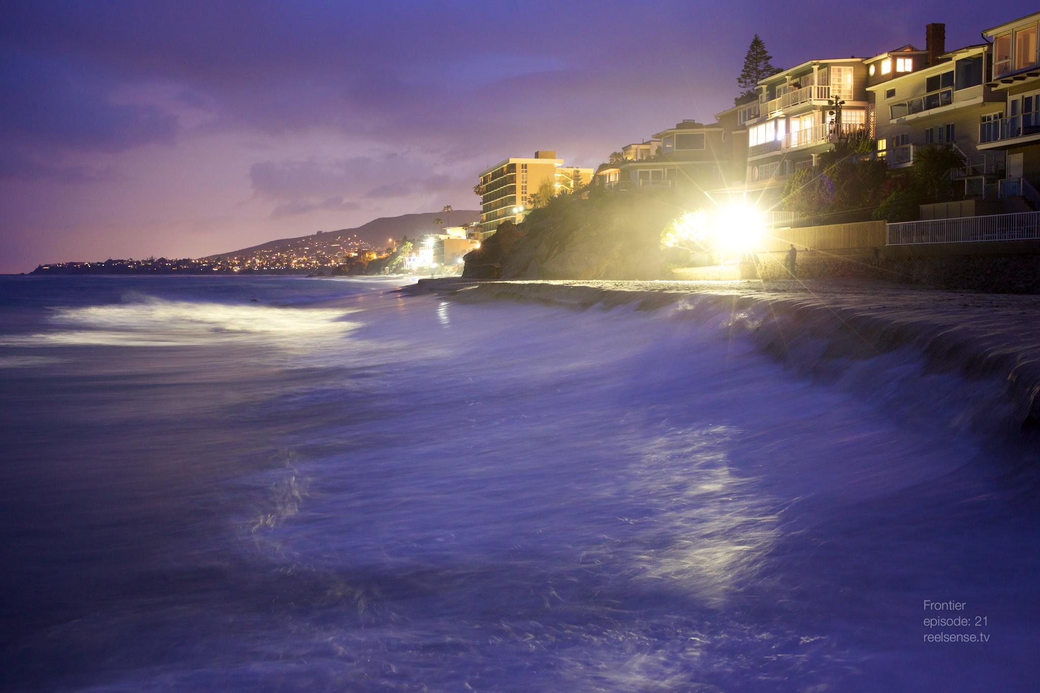 Laguna Beach - Purple sunset over the shore