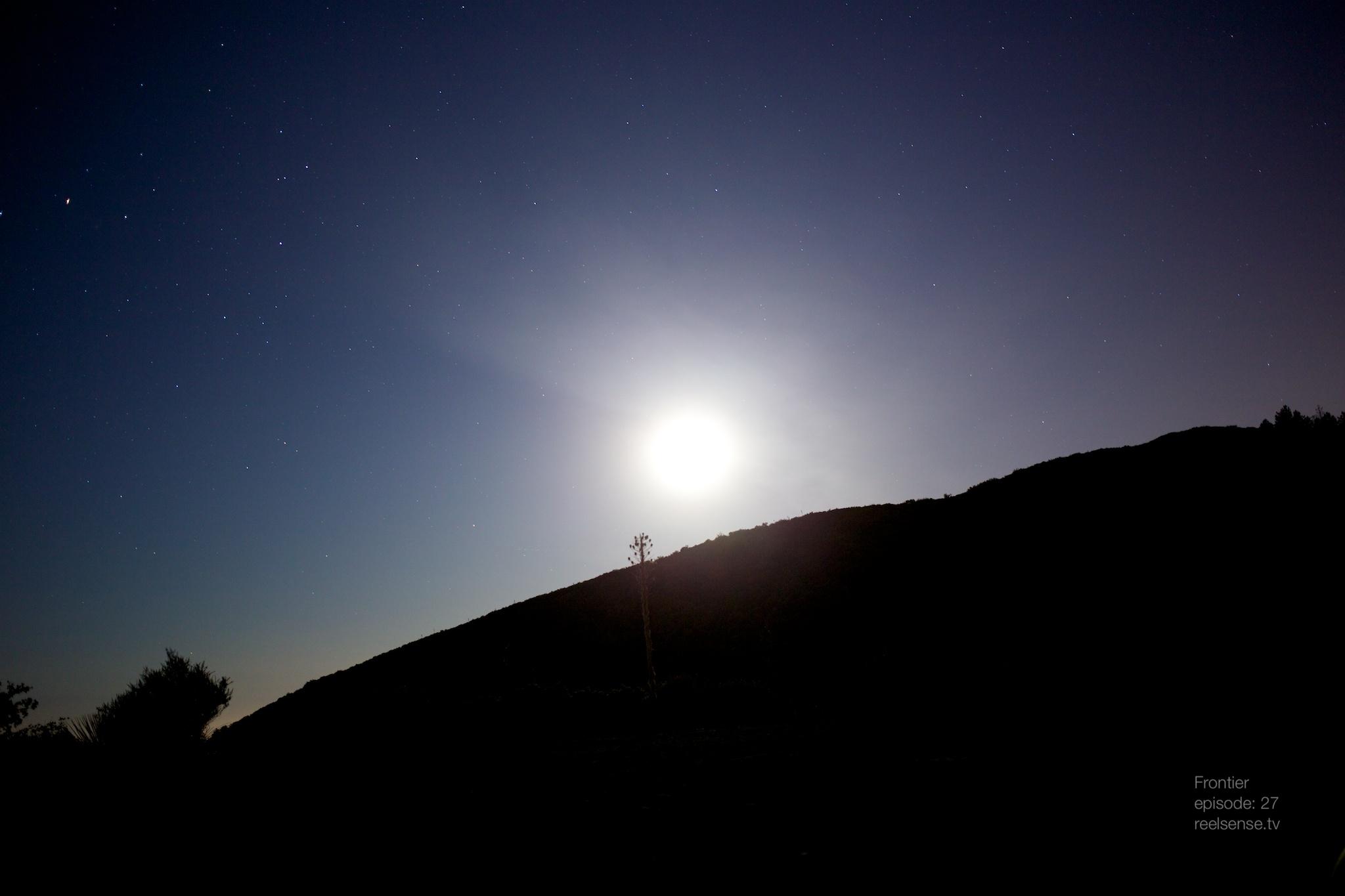 Lake Elsinore - Moon Light