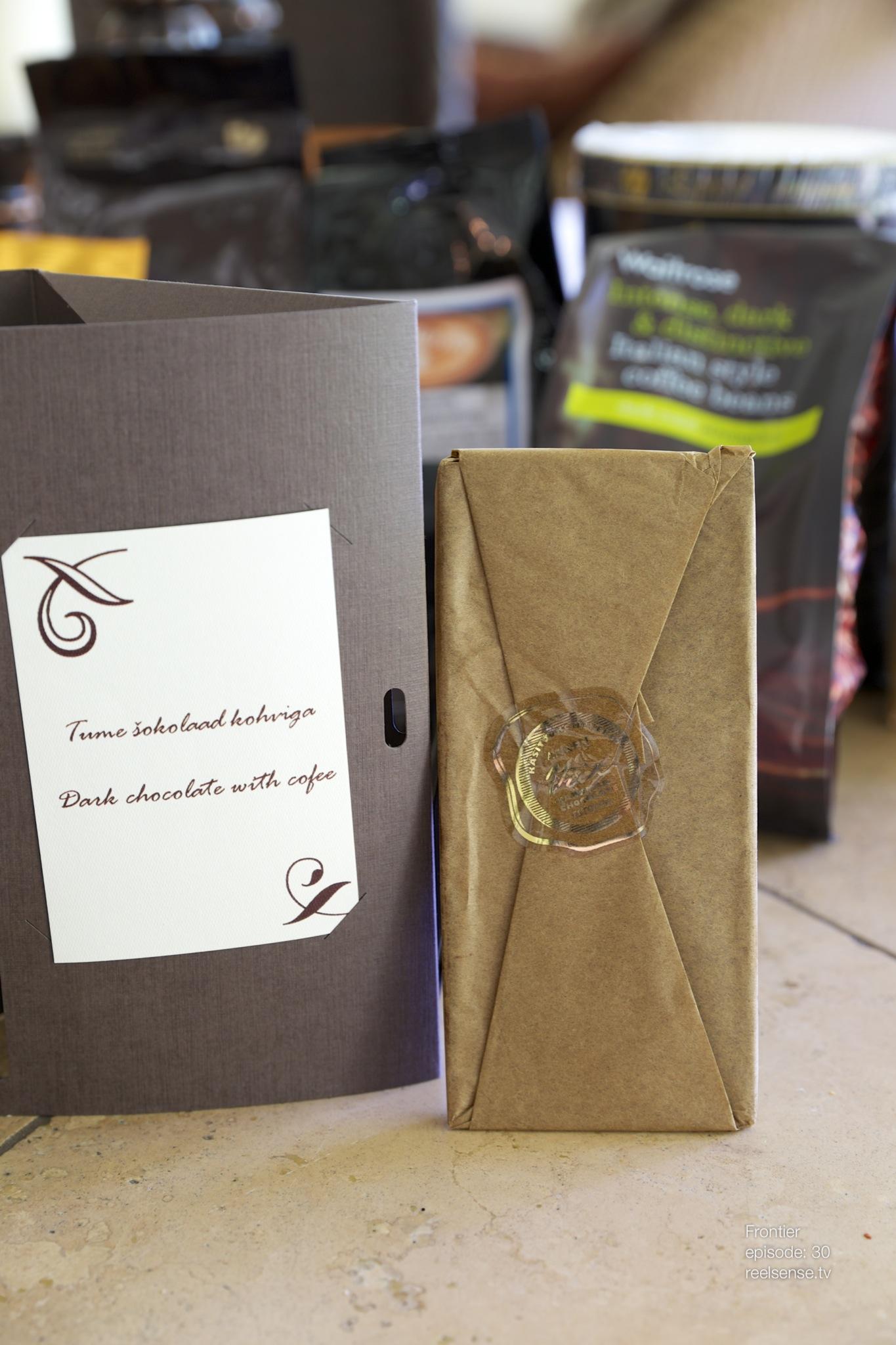 Tume Šokolaad kohviga - Estonia