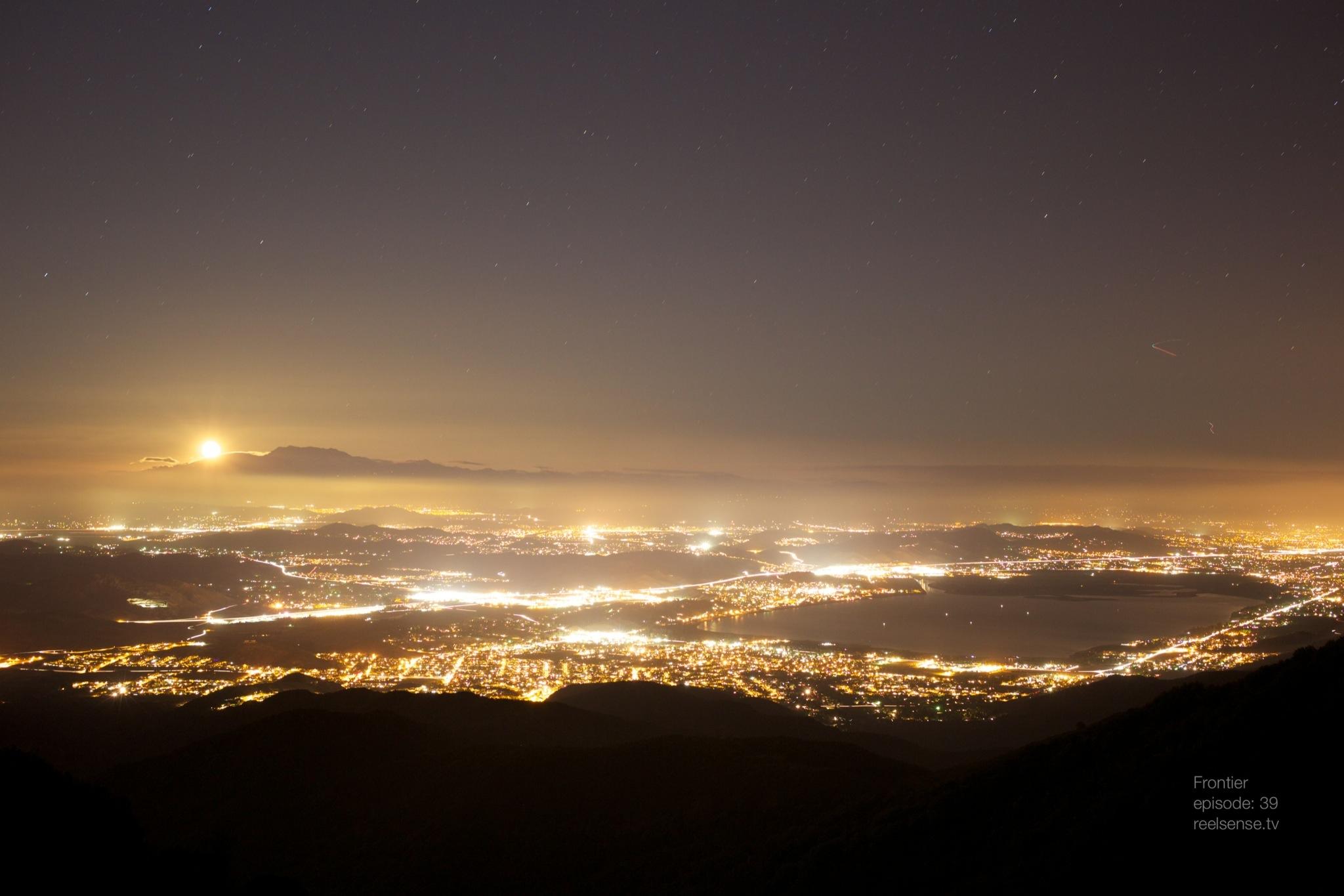 Lake Elsinore, CA - Moonlit city glow