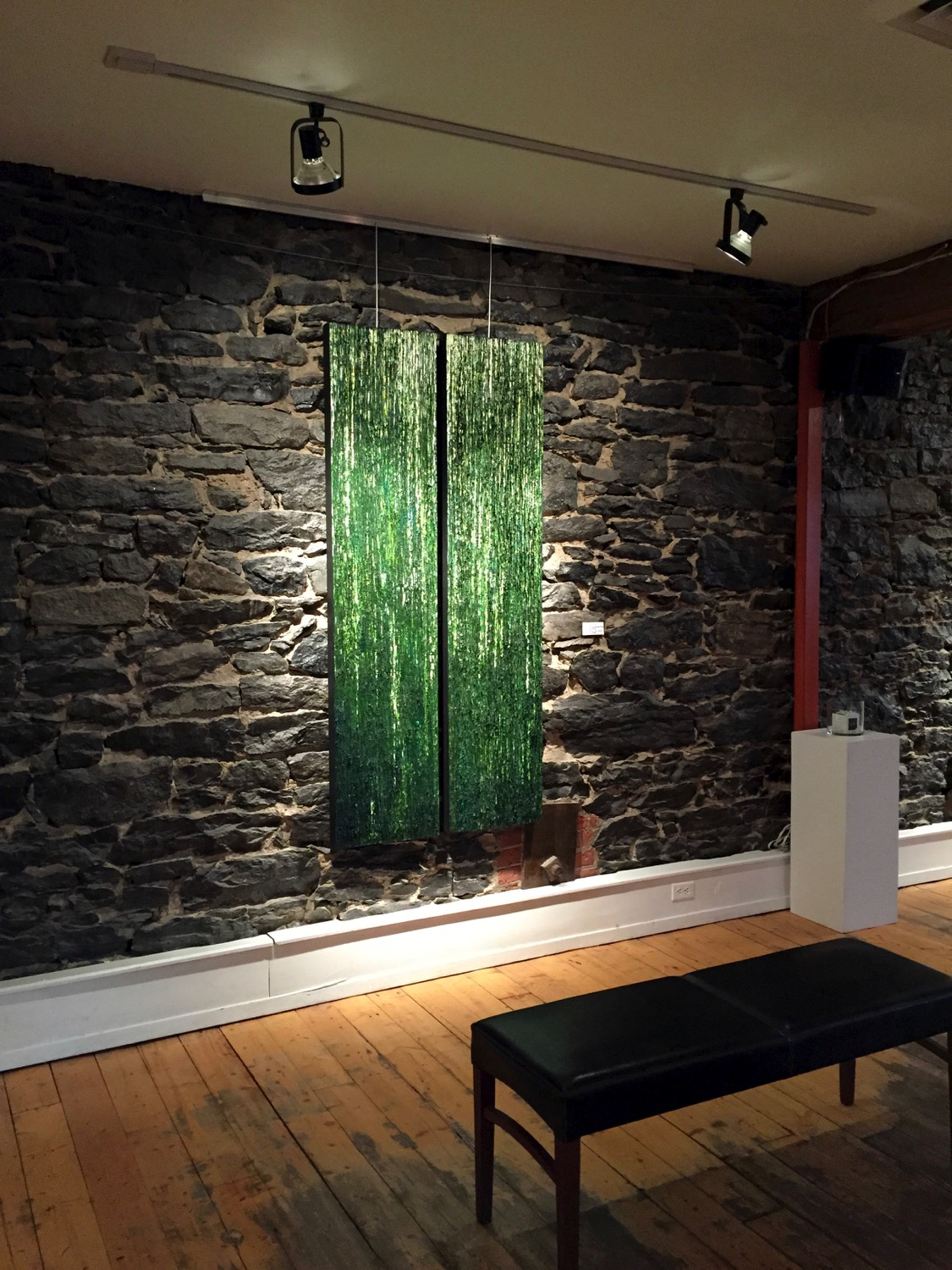 cenote-on-wall-at-galerie-avenue-art.jpg