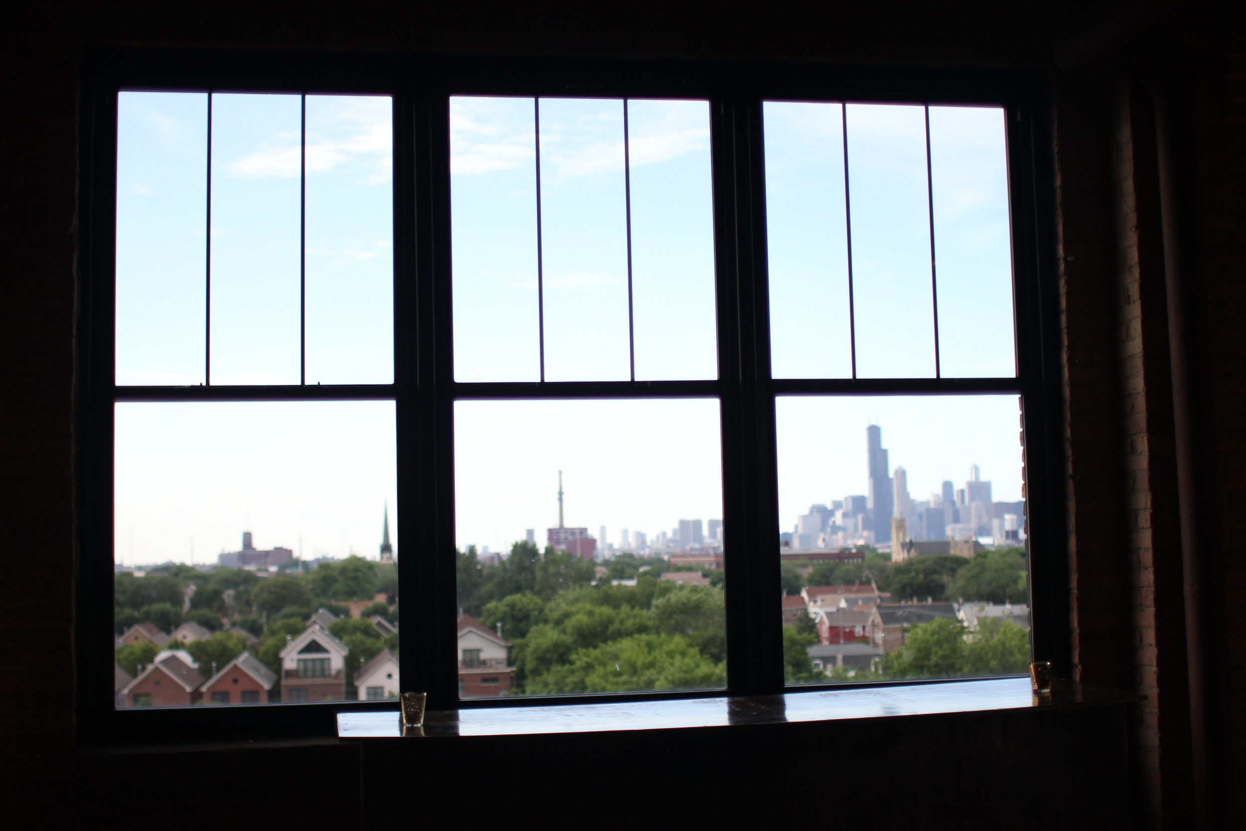 The beautiful Chicago skyline views from the BAC Skyline Loft.