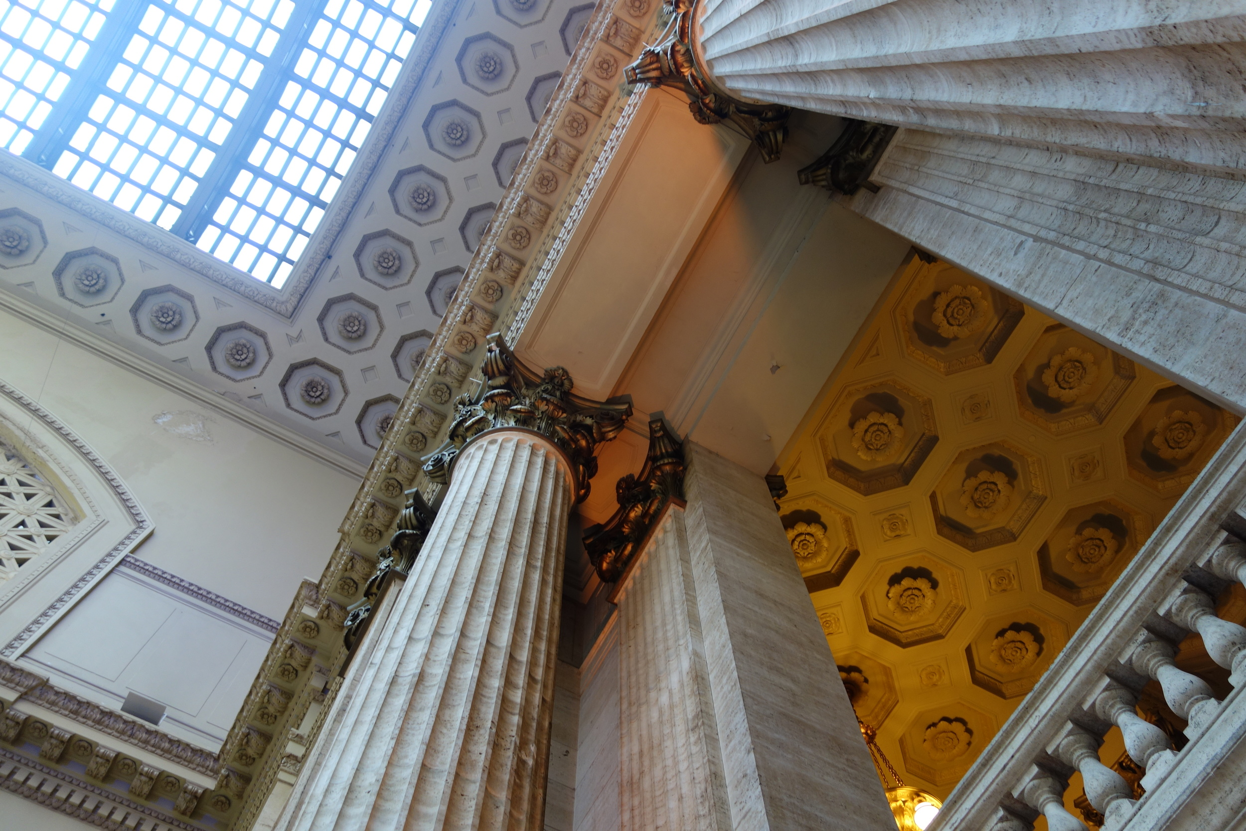 A view of the tall columns in the Great Hall at Union Station!