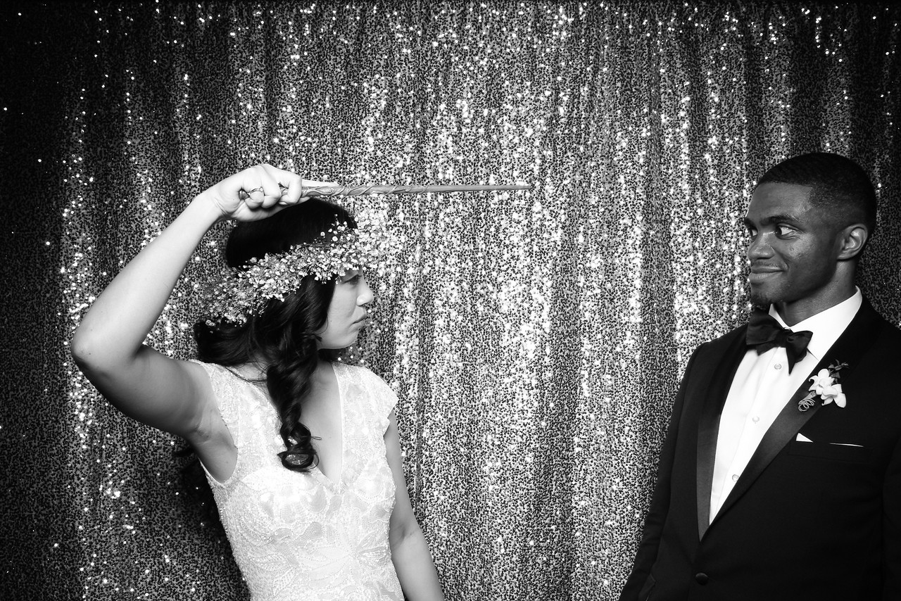 Chicago_Waldorf_Astoria_Wedding_Photo_Booth_2