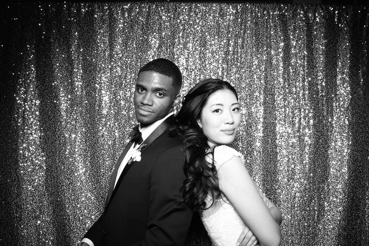 Chicago_Waldorf_Astoria_Wedding_Photo_Booth_4