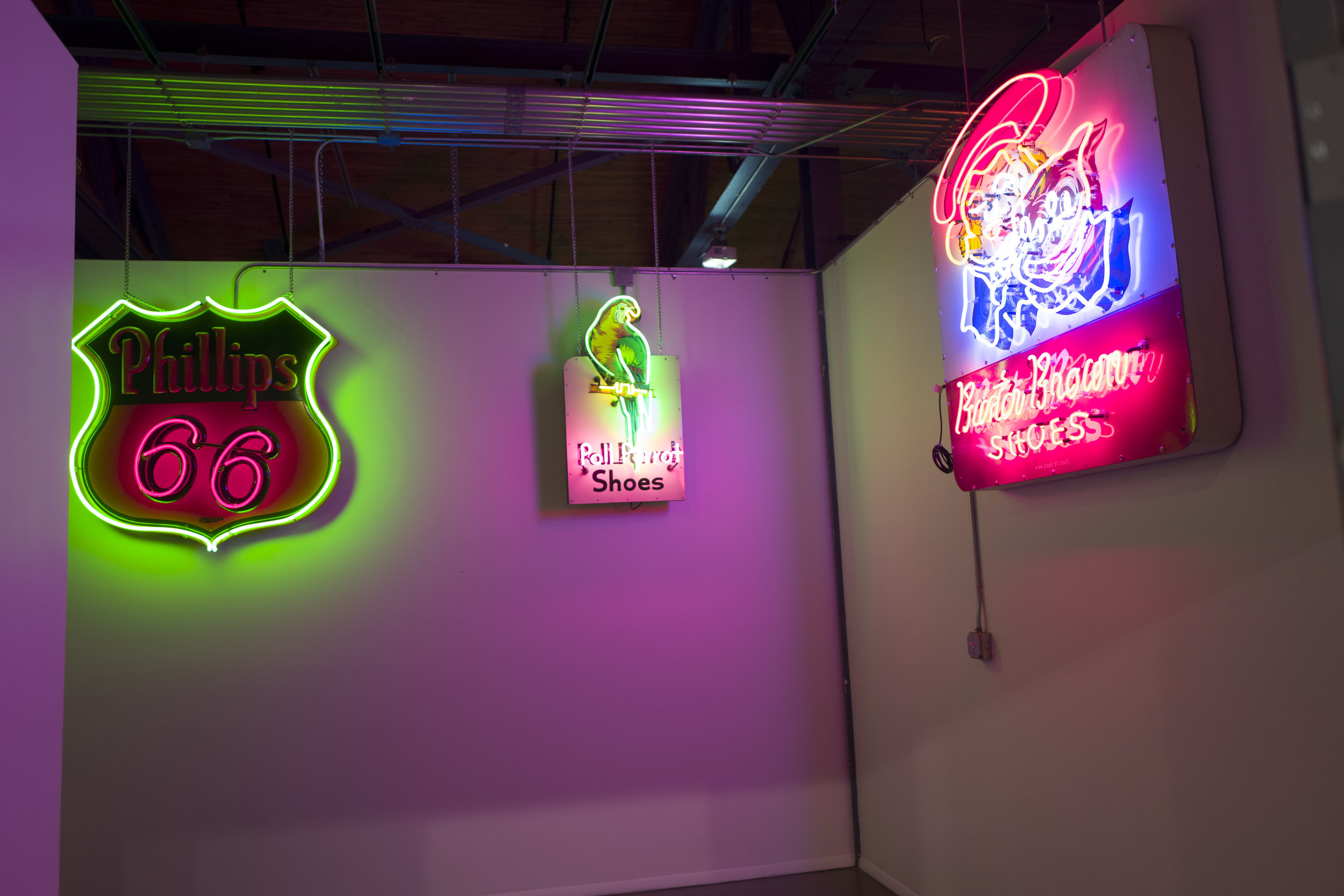 Love the neon signs leading to the Atrium Loft space!