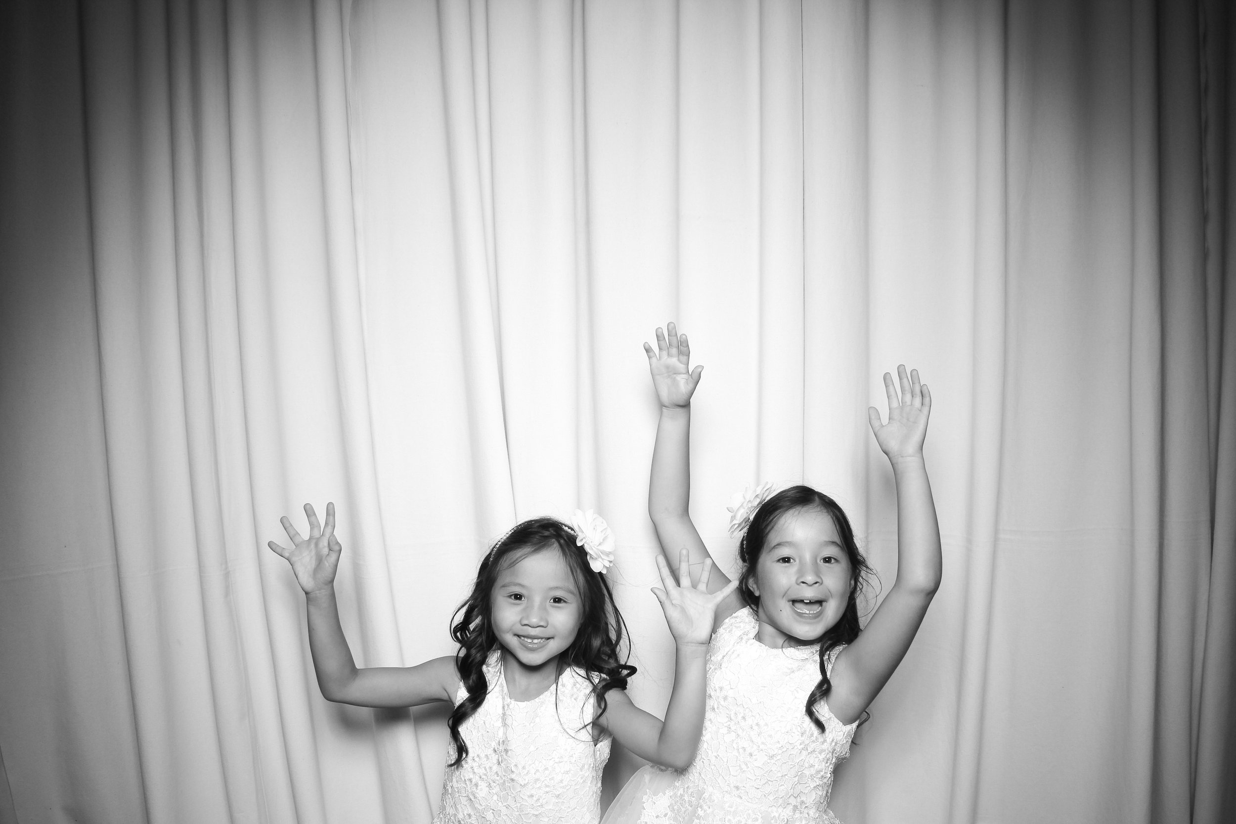The flower girls get a photo booth pic at the Rookery!