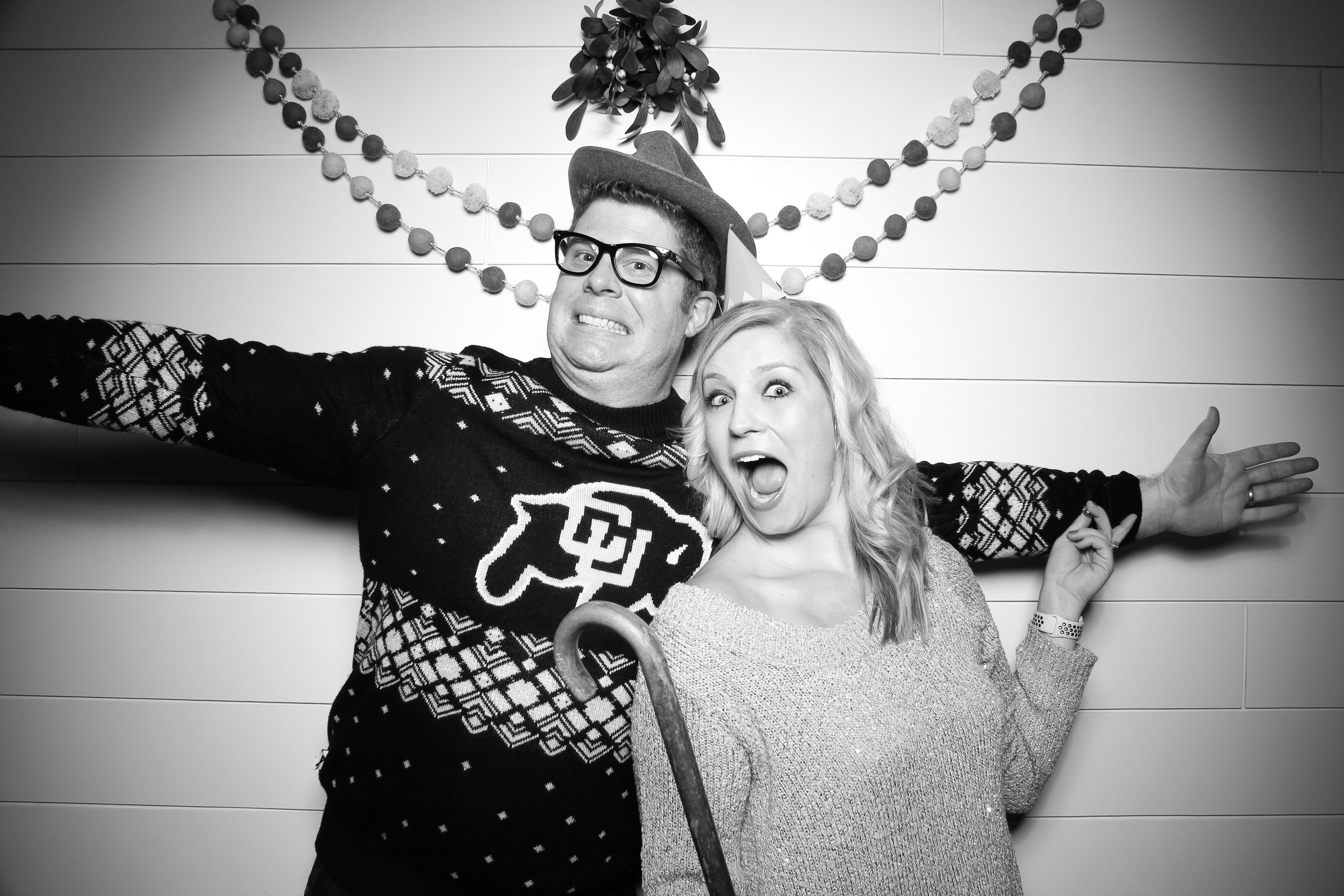 Chicago_Vintage_Photobooth_Christmas_Holiday_Party_07.jpg