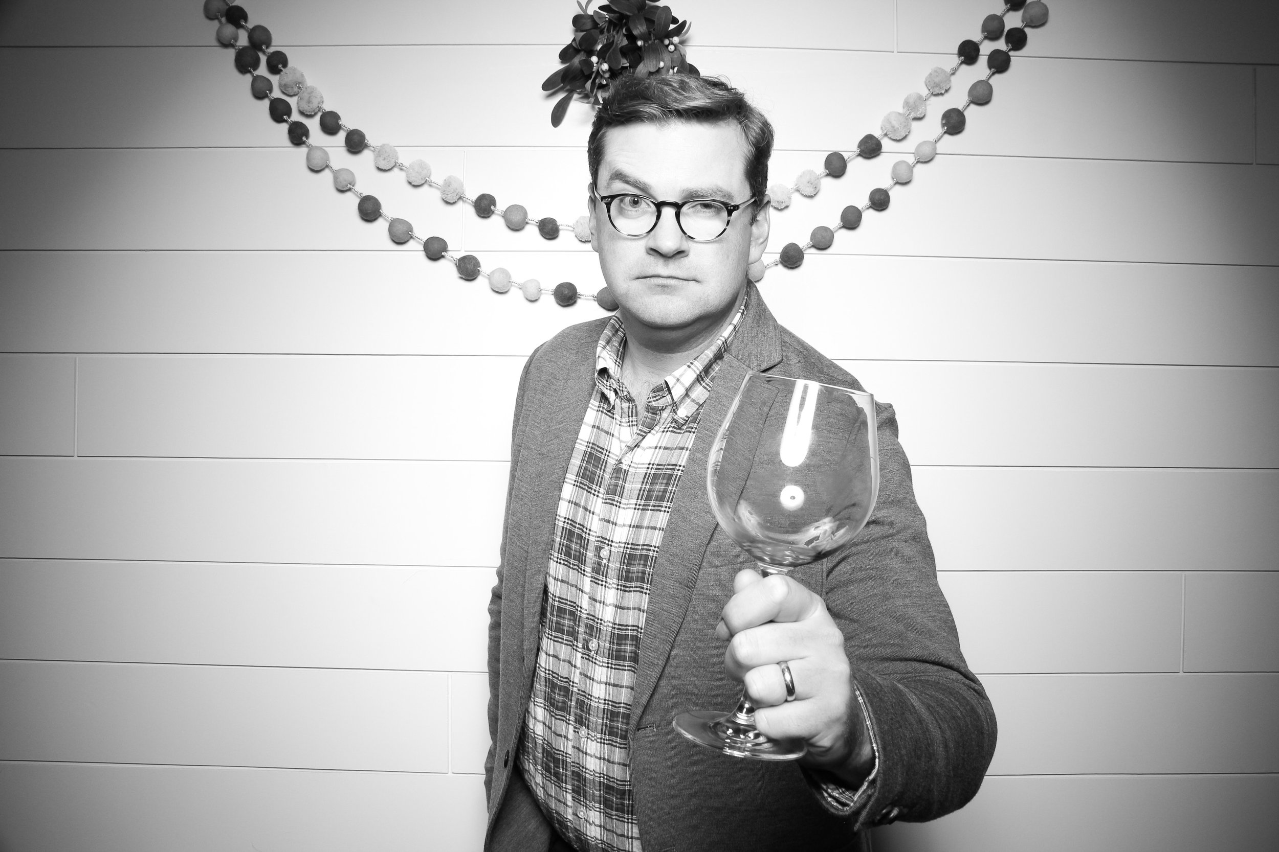 Chicago_Vintage_Photobooth_Christmas_Holiday_Party_22.jpg