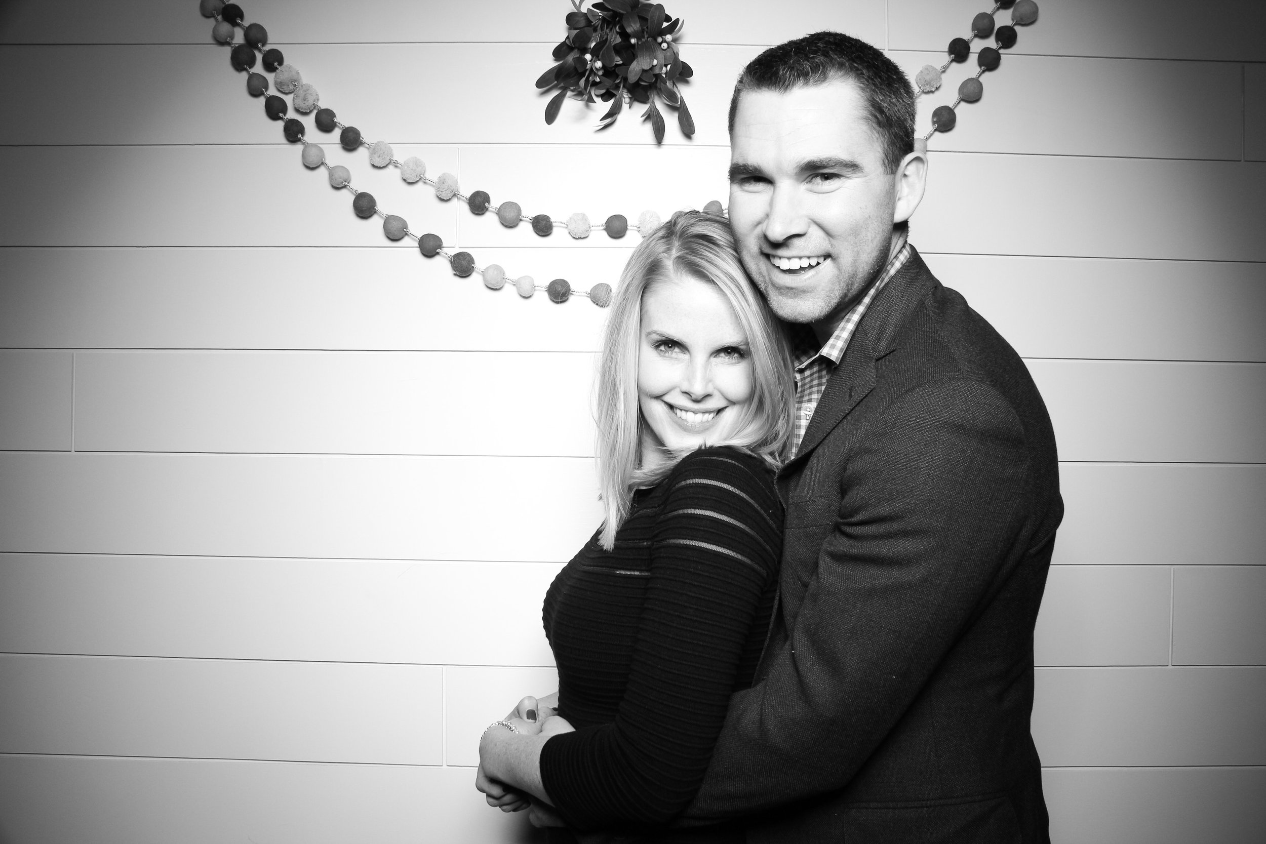 Chicago_Vintage_Photobooth_Christmas_Holiday_Party_26.jpg