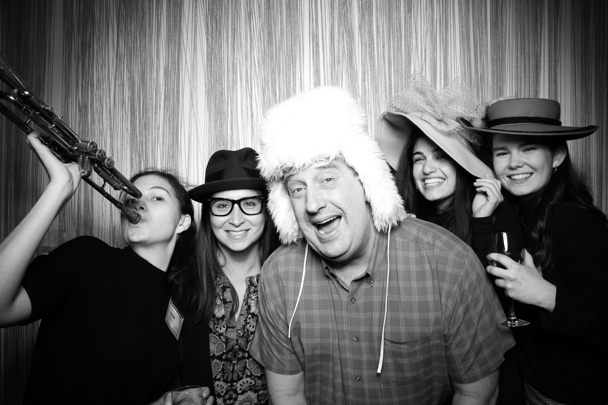 Chicago_Vintage_Photobooth_Holiday_Party_Wit_Hotel_10.jpg