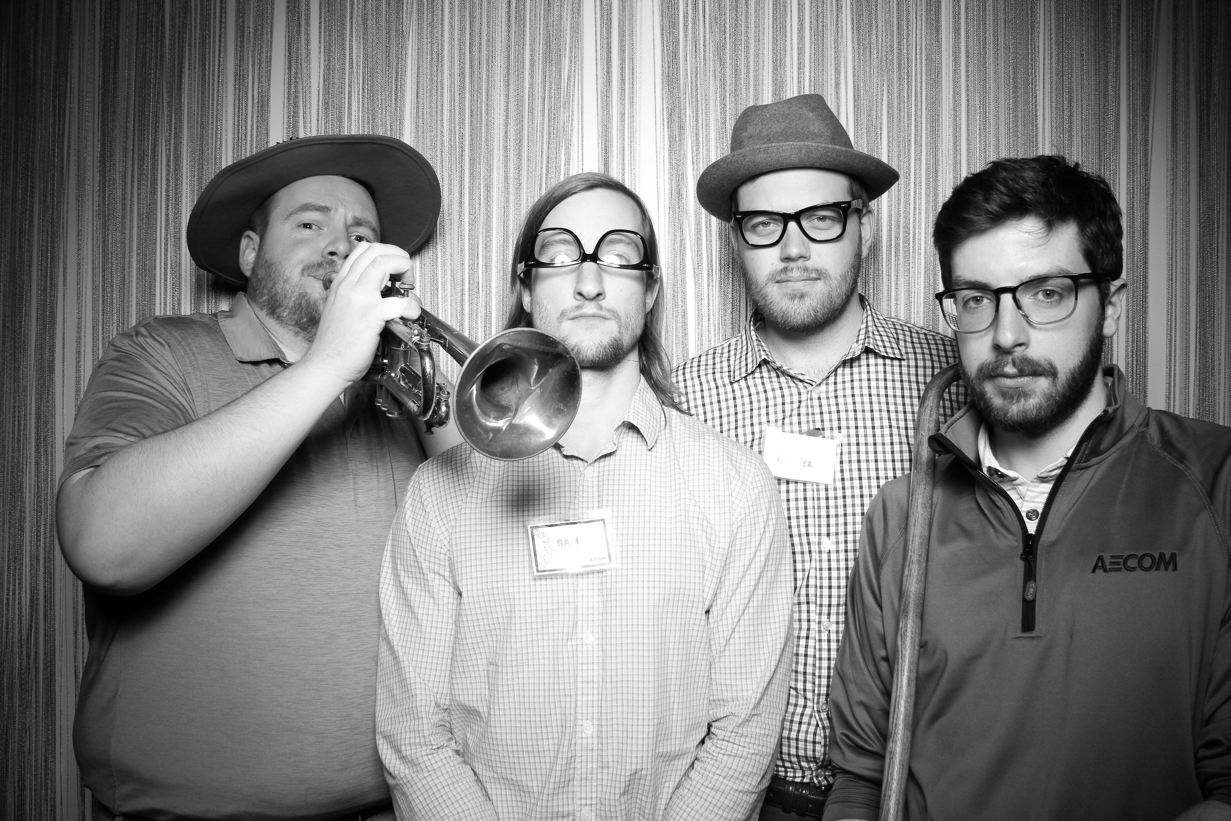 Chicago_Vintage_Photobooth_Holiday_Party_Wit_Hotel_19.jpg