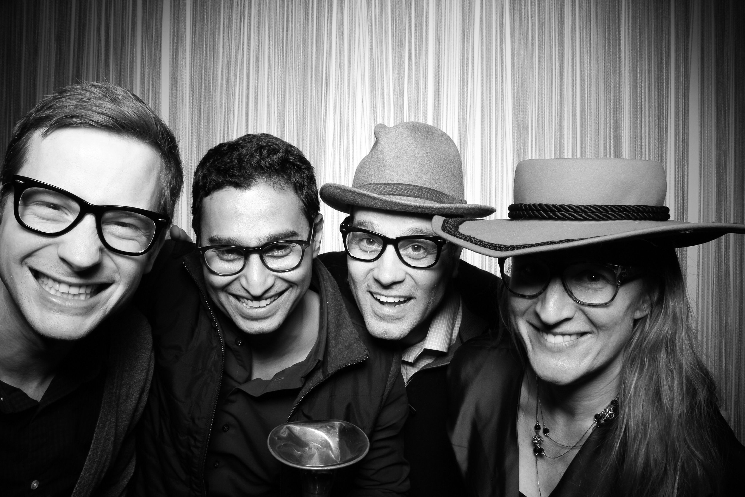 Chicago_Vintage_Photobooth_Holiday_Party_Wit_Hotel_20.jpg