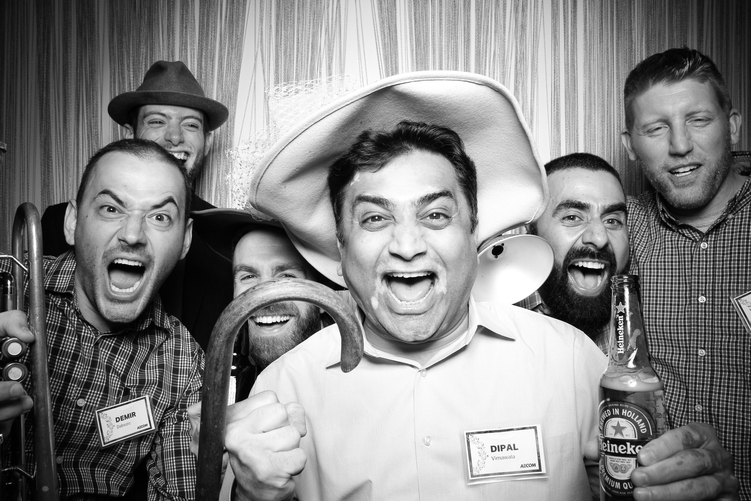 Chicago_Vintage_Photobooth_Holiday_Party_Wit_Hotel_27.jpg