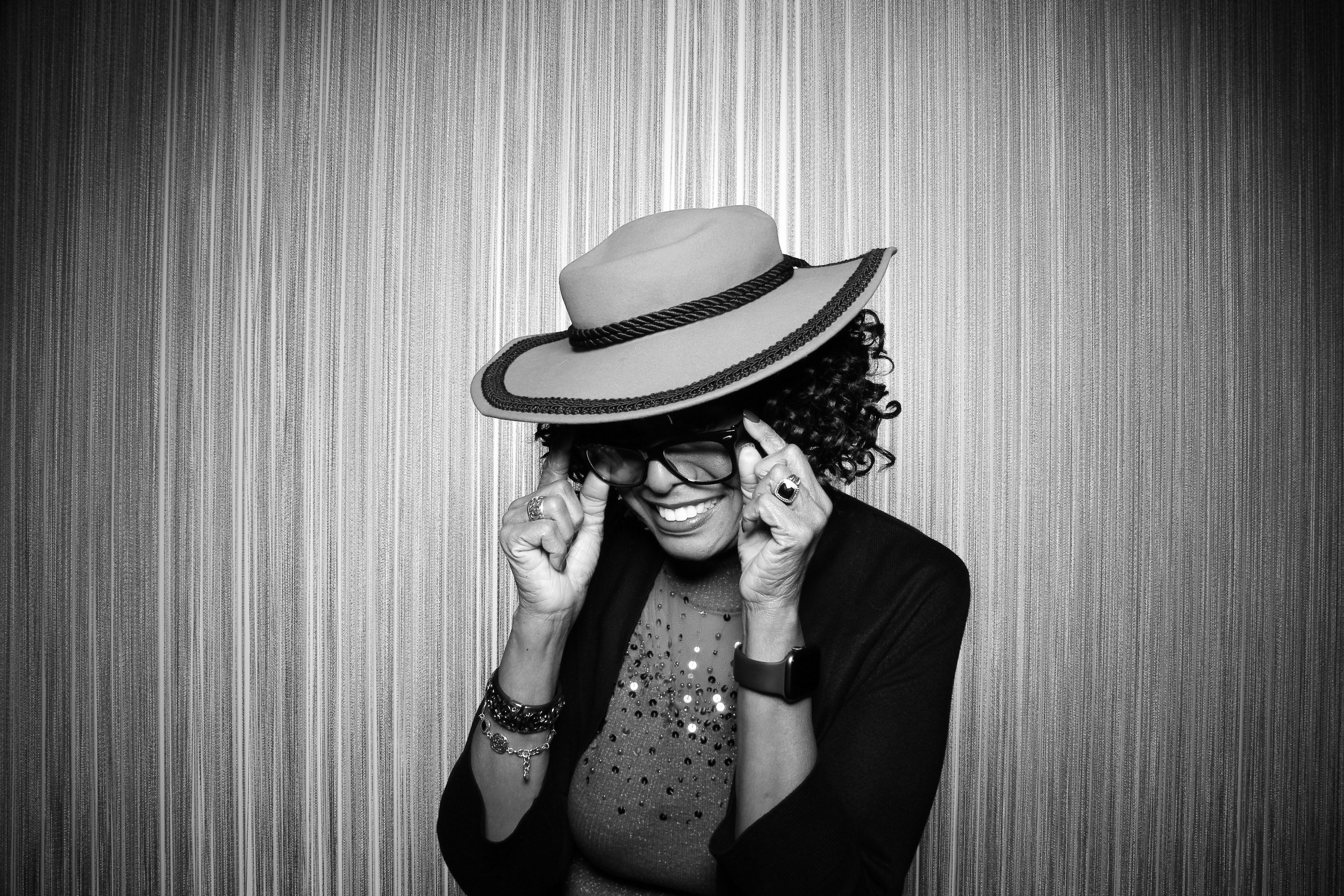 Chicago_Vintage_Photobooth_Holiday_Party_Wit_Hotel_30.jpg