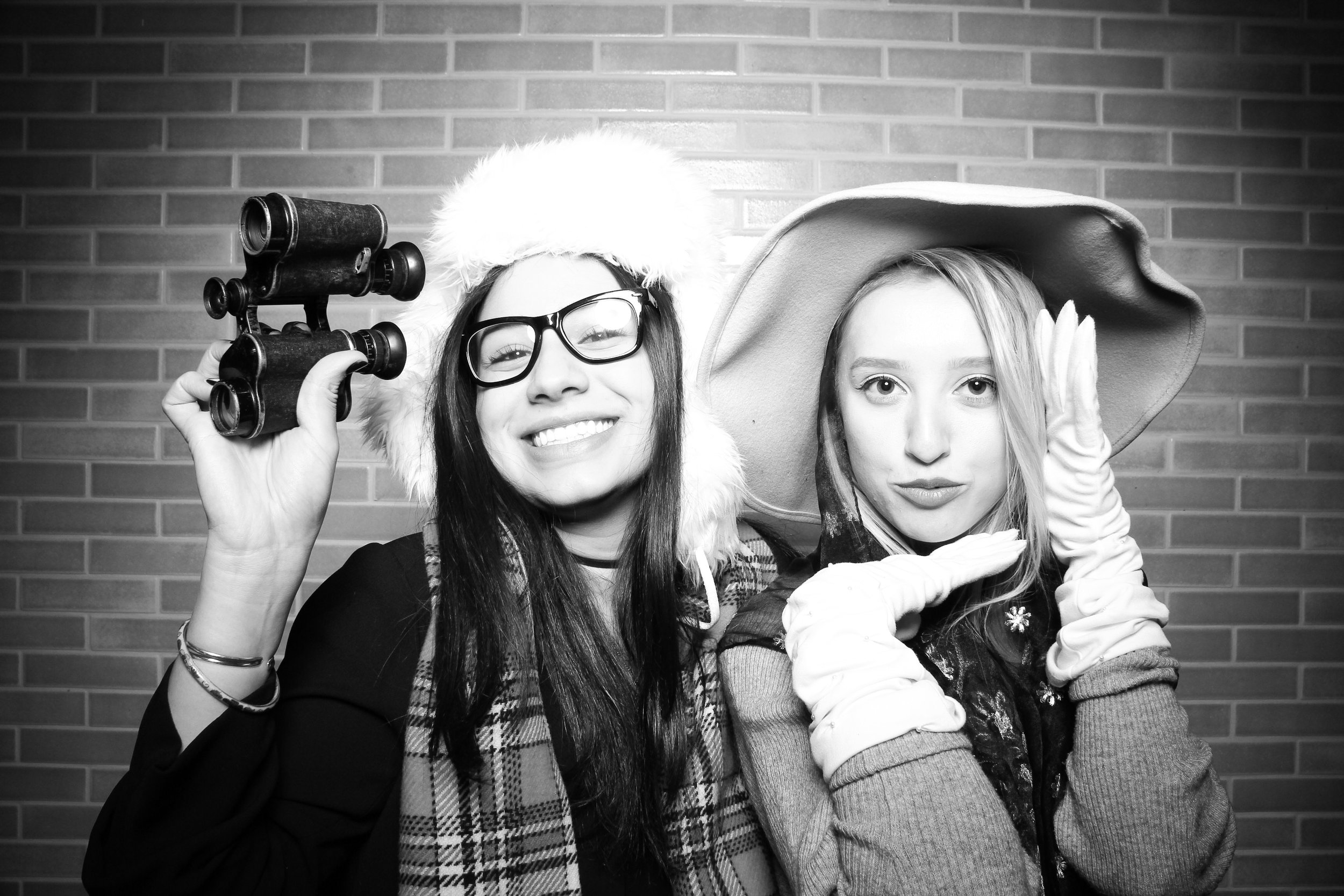 Chicago_Vintage_Photobooth_Holiday_Party_Boleo_01.jpg