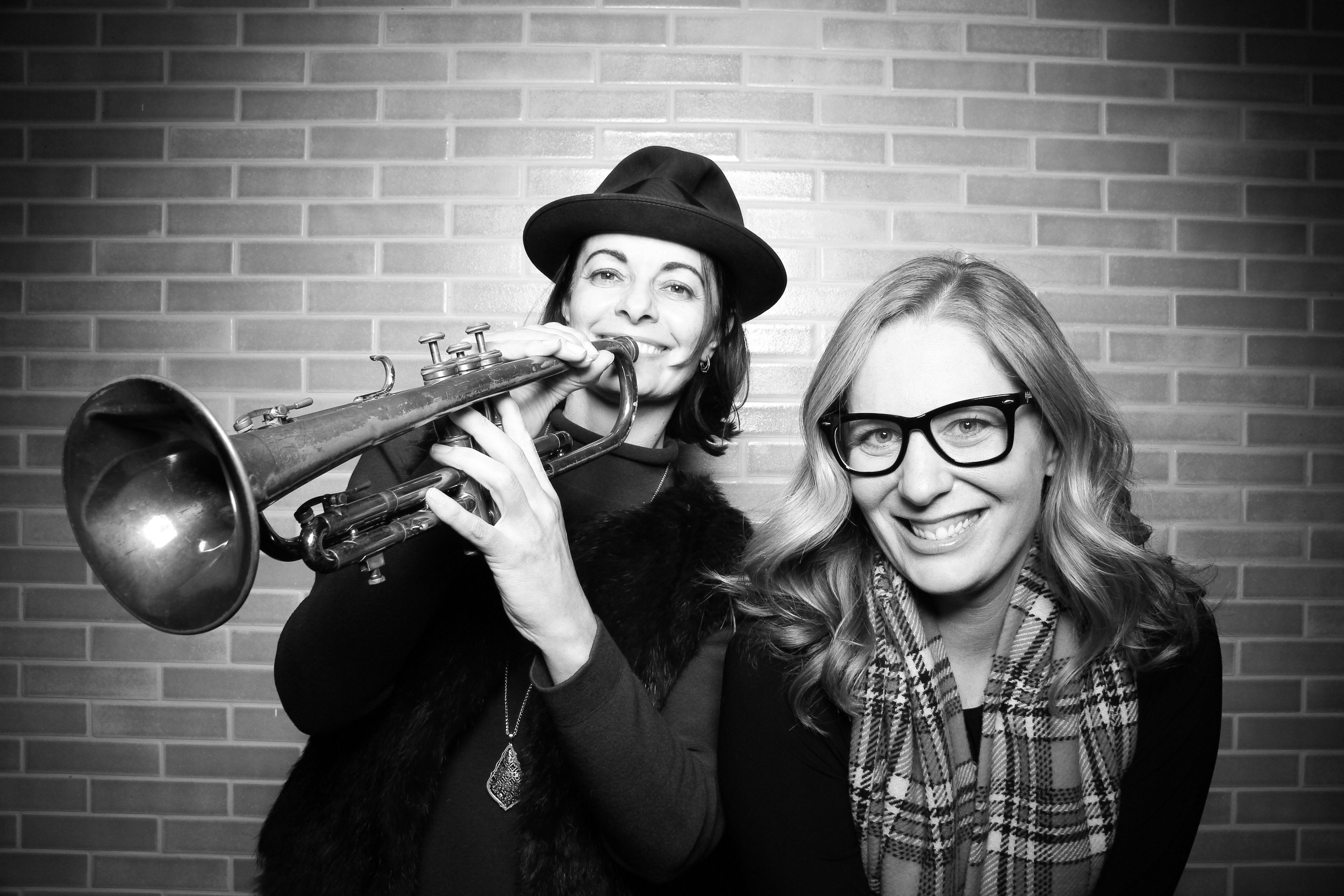 Chicago_Vintage_Photobooth_Holiday_Party_Boleo_10.jpg