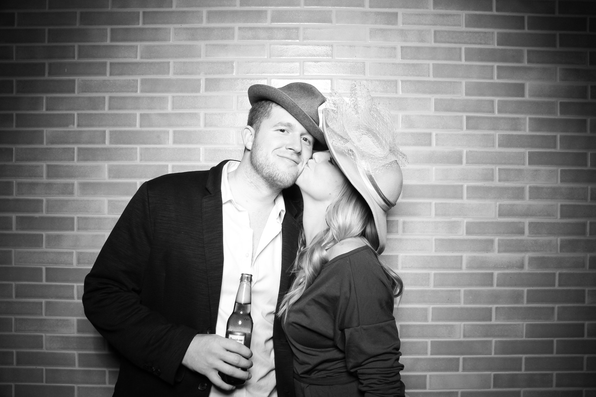 Chicago_Vintage_Photobooth_Holiday_Party_Boleo_27.jpg