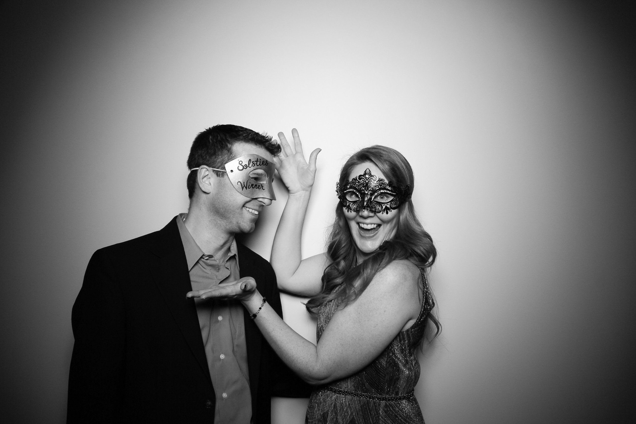 Chicago_Vintage_Photobooth_Solstice_Company_Holiday_Party_09.jpg