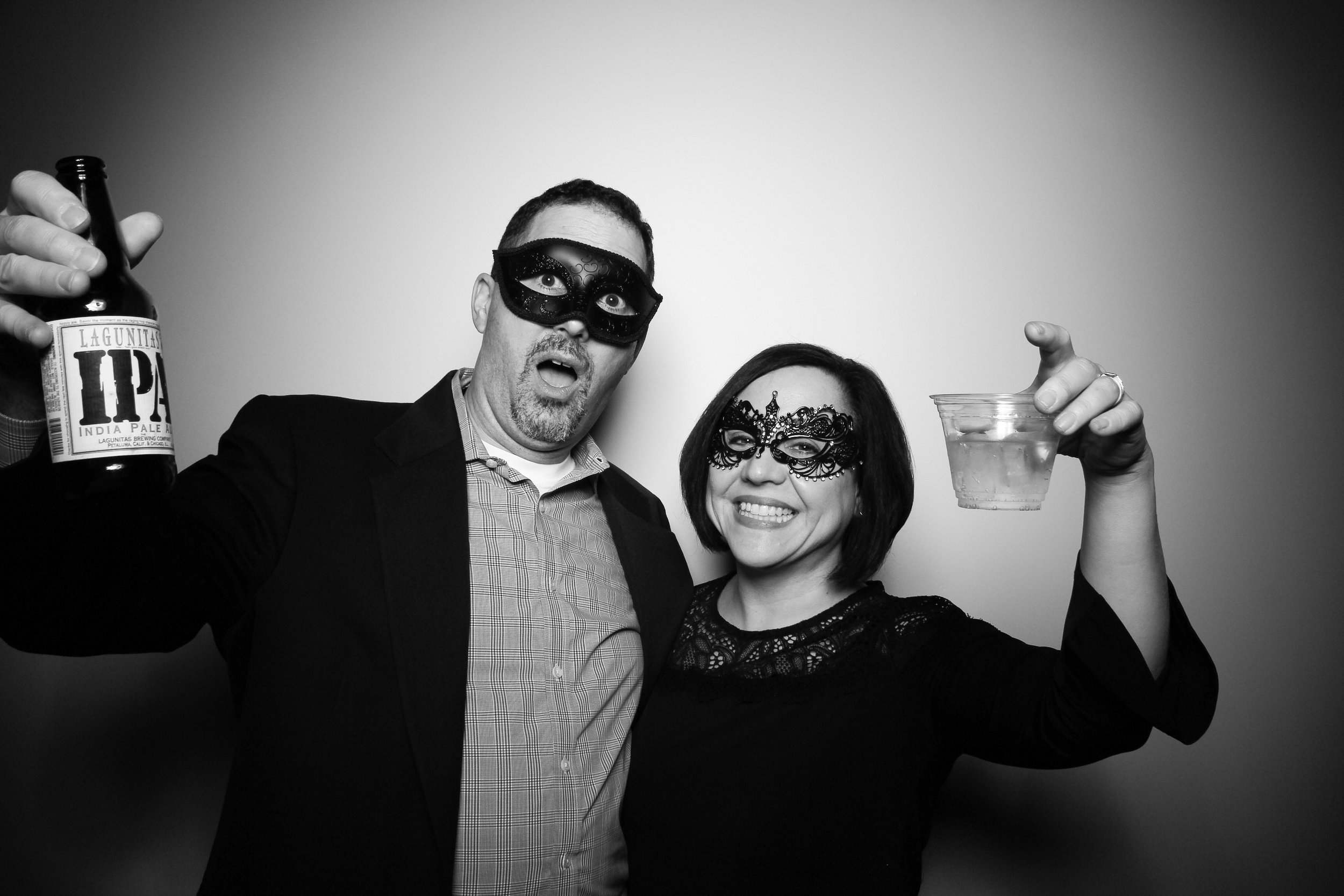 Chicago_Vintage_Photobooth_Solstice_Company_Holiday_Party_11.jpg