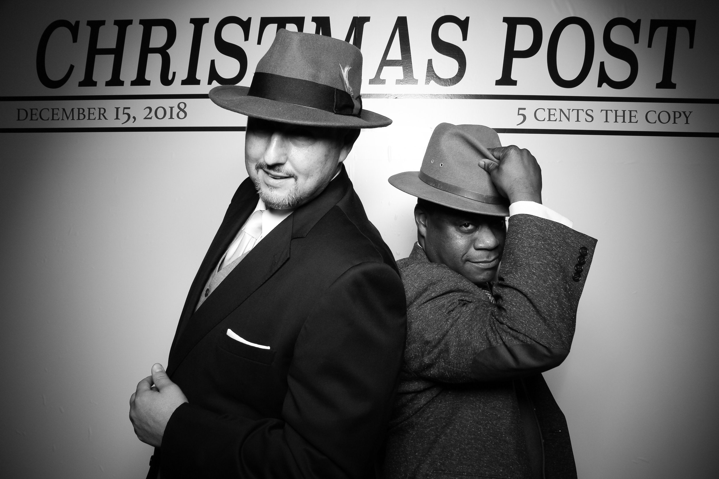 Chicago_Vintage_Photobooth_Rockwell_Holiday_Party_14.jpg