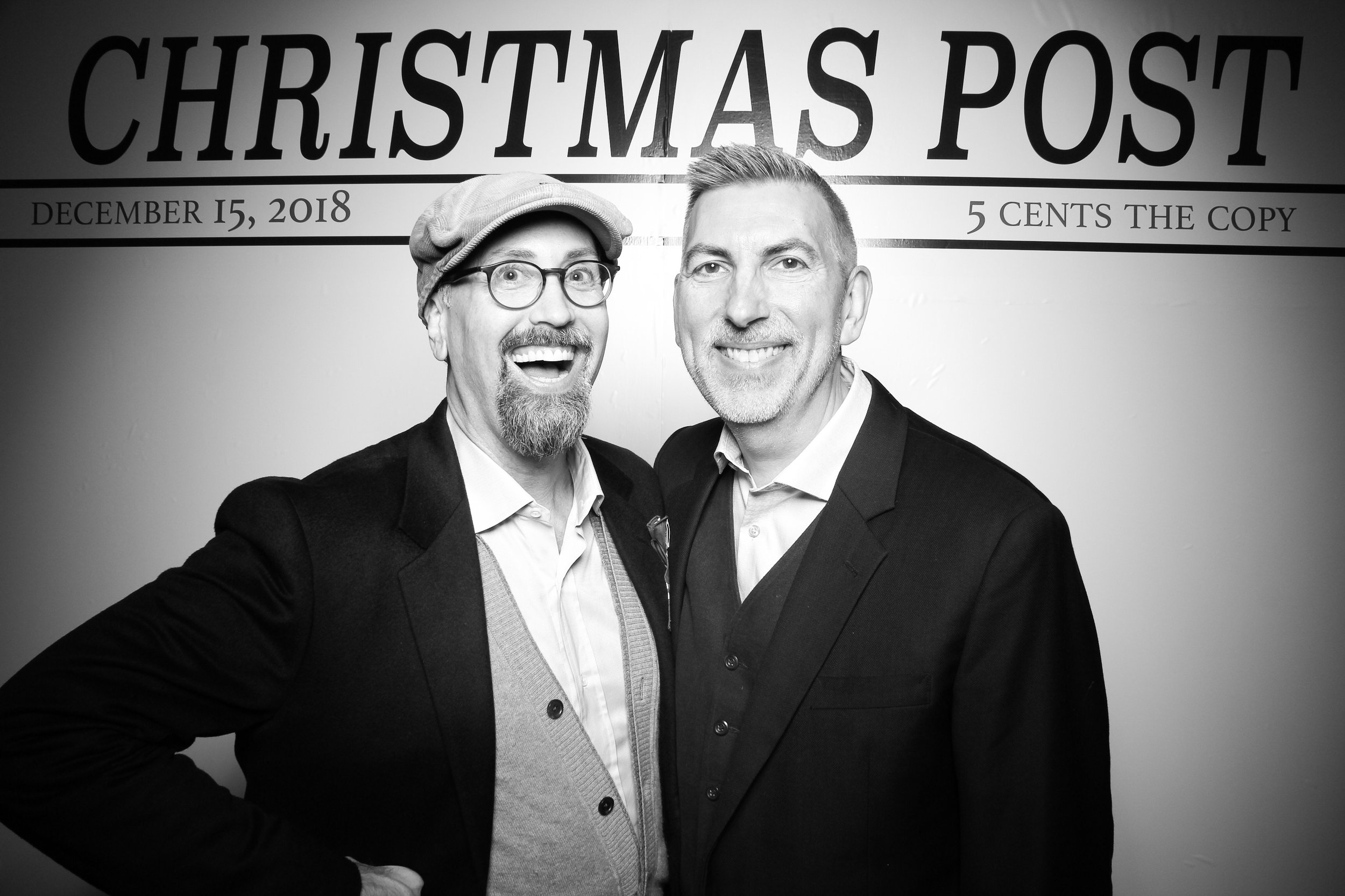 Chicago_Vintage_Photobooth_Rockwell_Holiday_Party_24.jpg