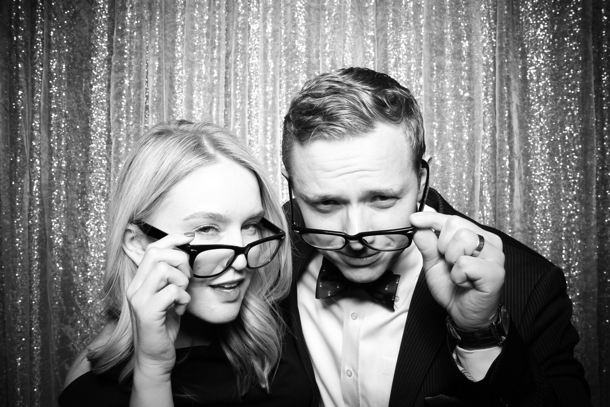 Chicago_Vintage_Photobooth_Montgomery_Club_Holiday_Party_16.jpg