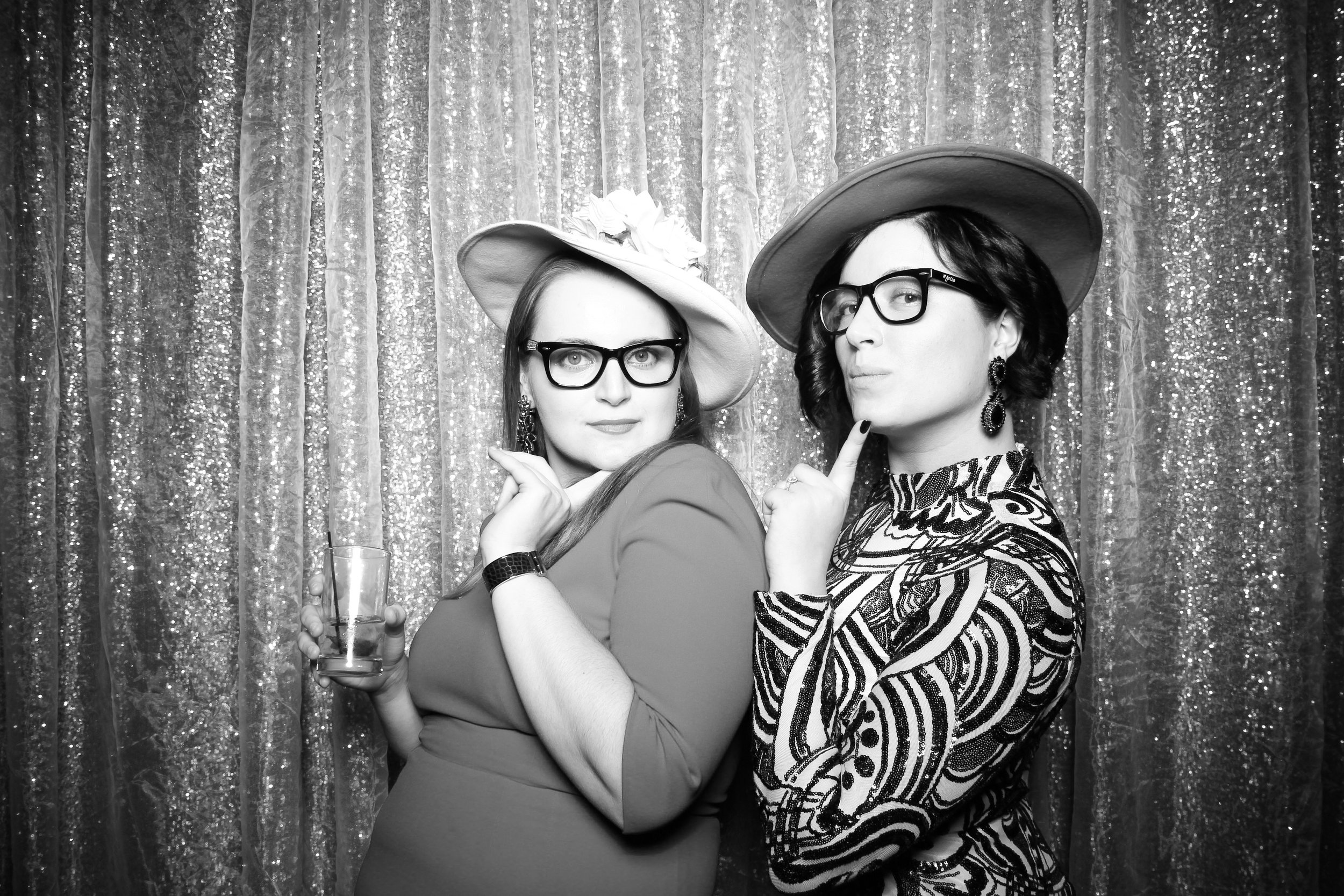 Chicago_Vintage_Photobooth_Montgomery_Club_Holiday_Party_23.jpg