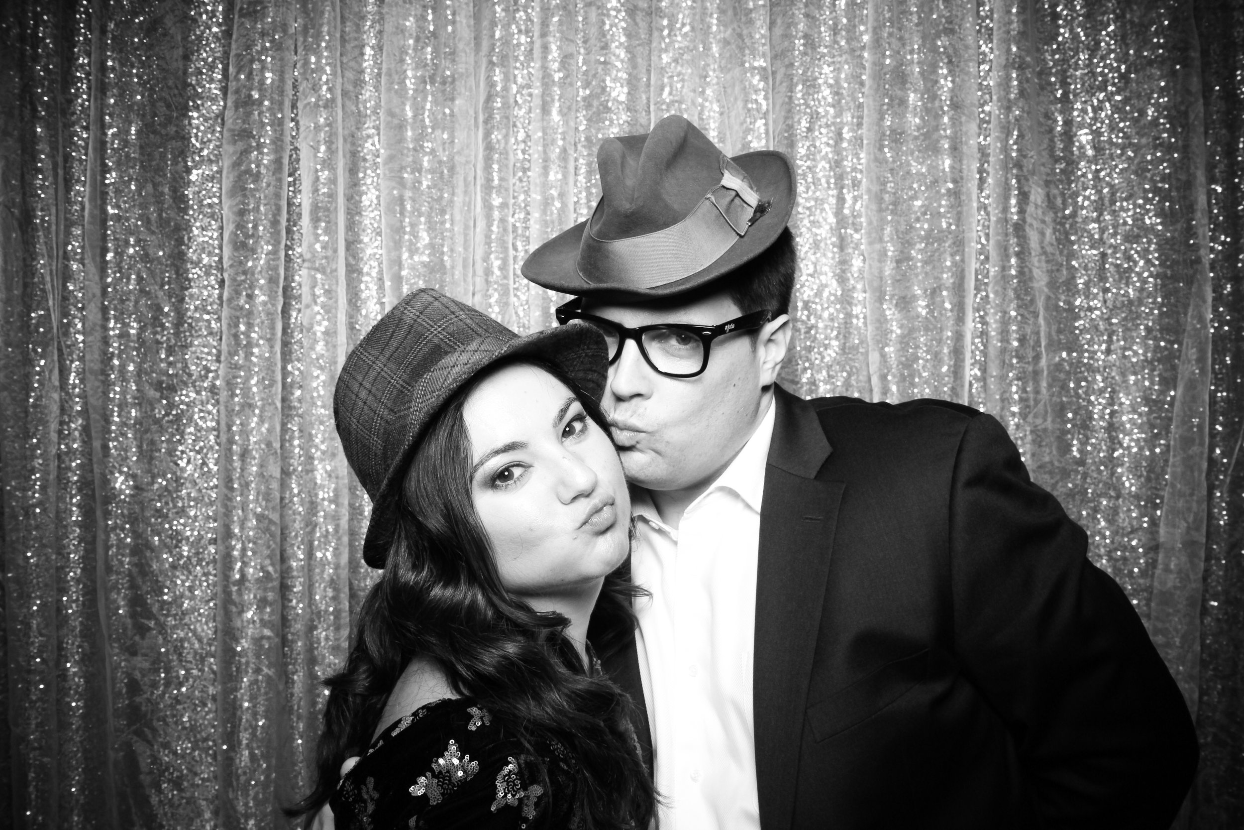 Chicago_Vintage_Photobooth_Montgomery_Club_Holiday_Party_24.jpg