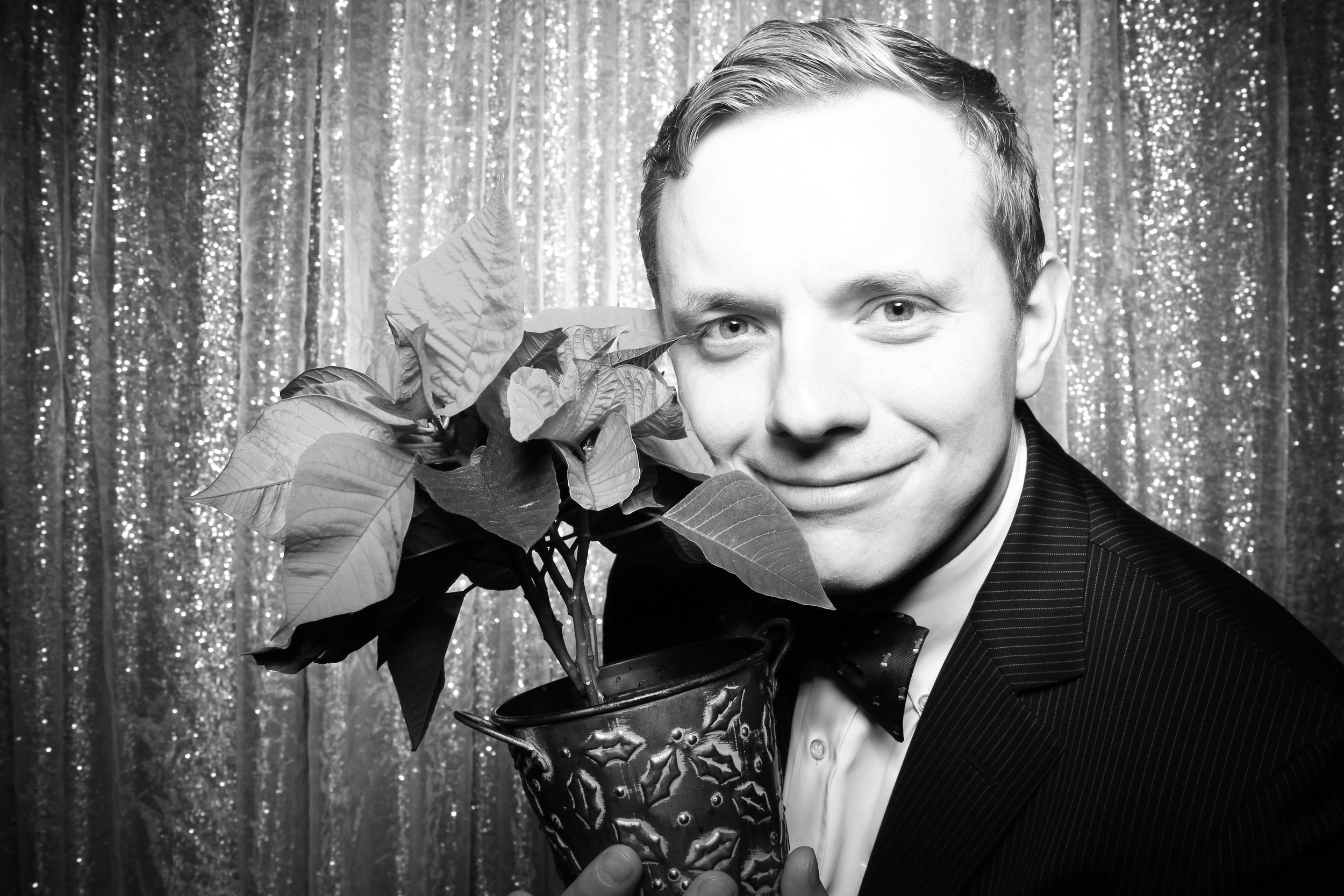 Chicago_Vintage_Photobooth_Montgomery_Club_Holiday_Party_28.jpg