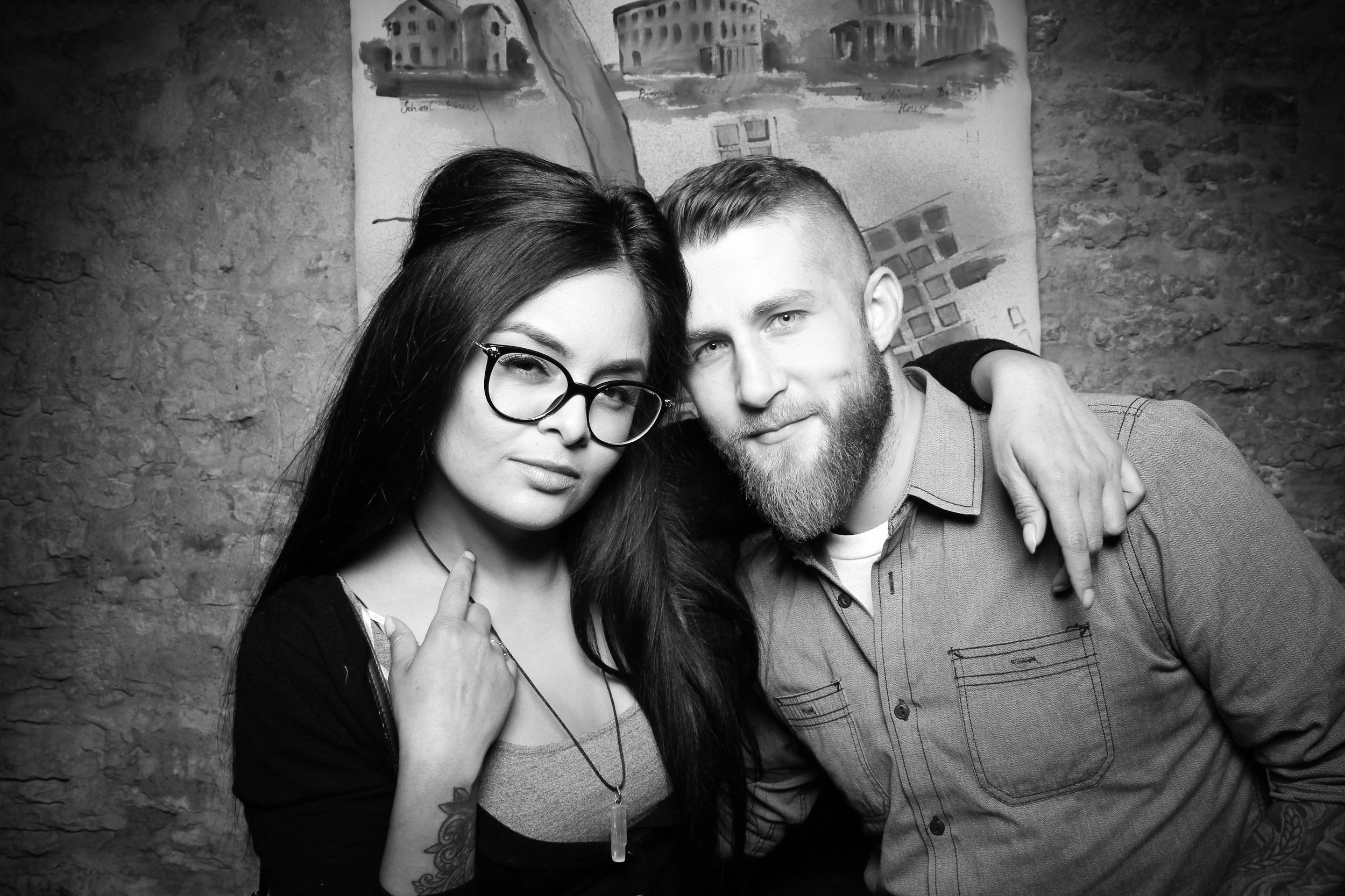 Chicago_Vintage__Wedding_Photobooth_St_Charles_20.jpg
