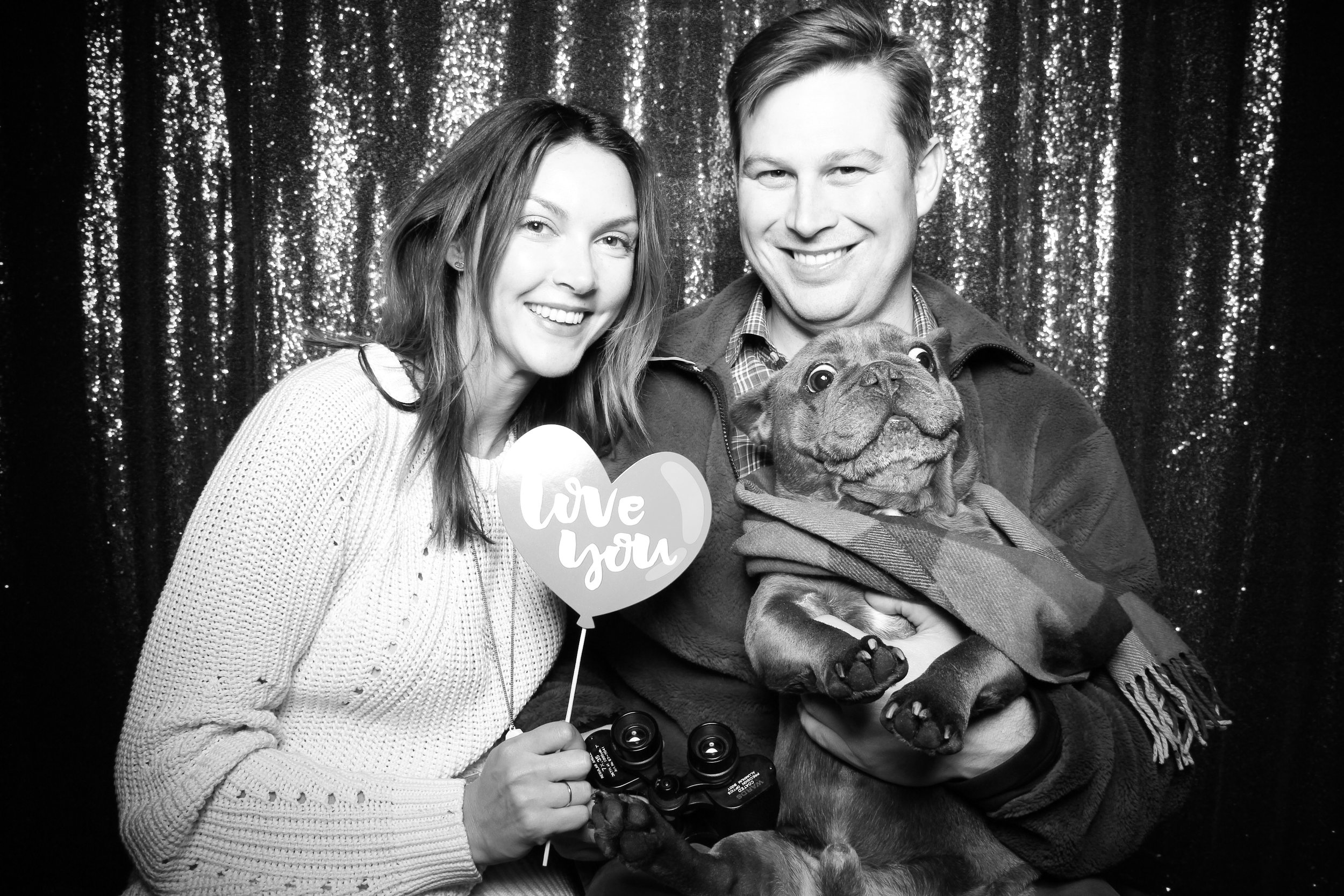 Chicago_Vintage_Photobooth_Valentines_Day_Dog_08.jpg