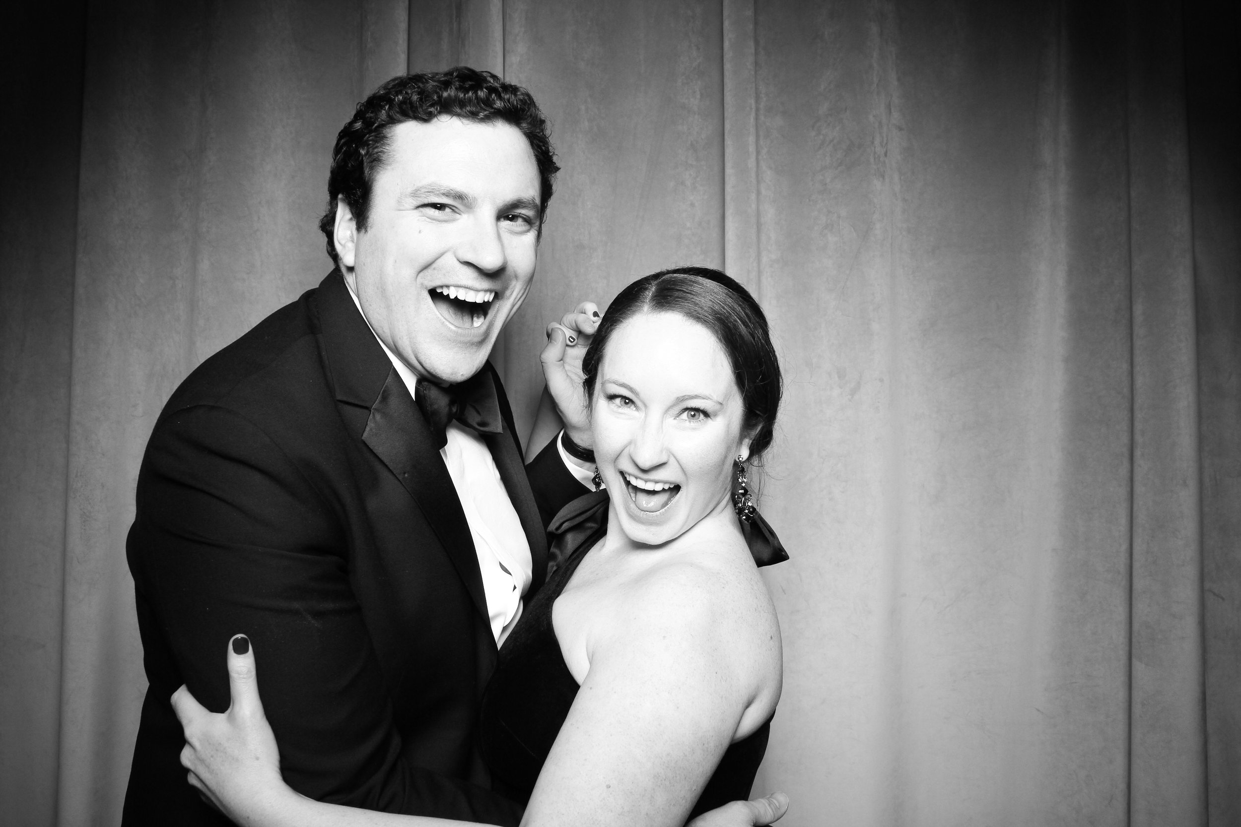 Chicago_Vintage_Wedding_Photobooth_Four_Seasons_04.jpg