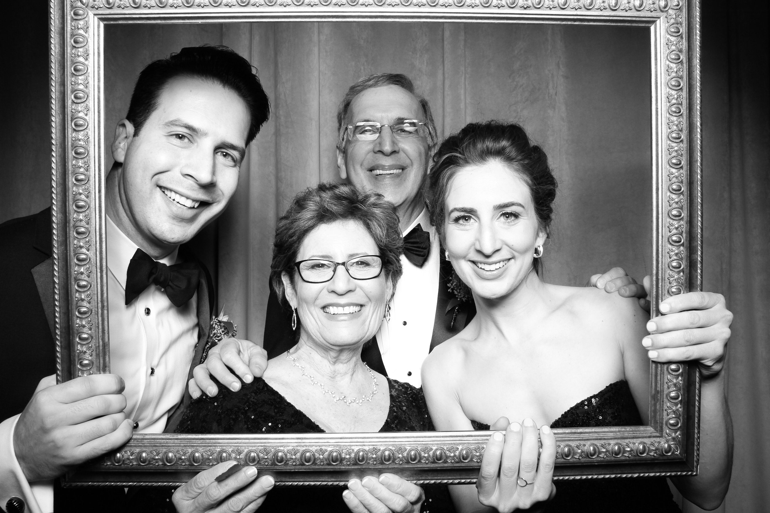 Chicago_Vintage_Wedding_Photobooth_Four_Seasons_18.jpg