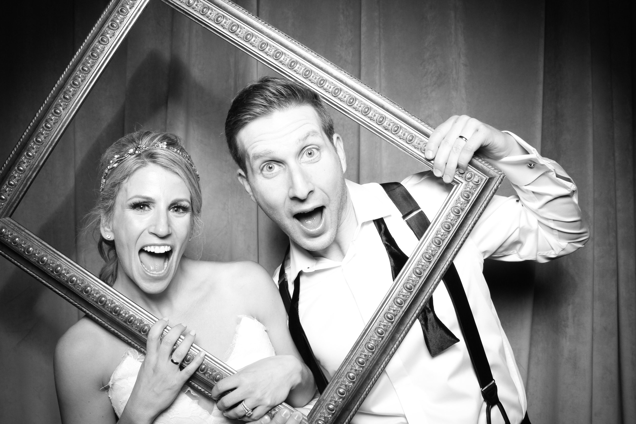Chicago_Vintage_Wedding_Photobooth_Four_Seasons_26.jpg