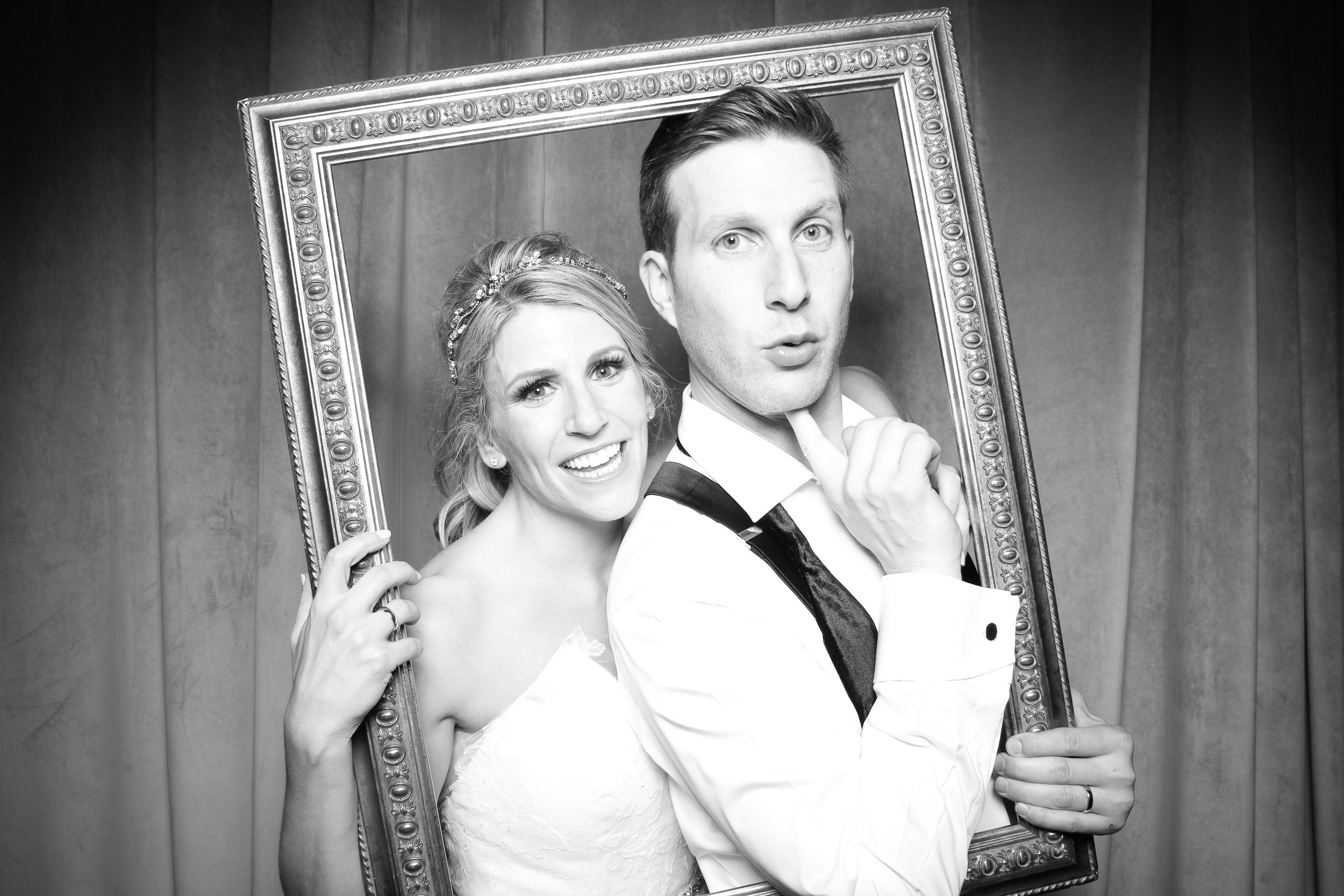 Chicago_Vintage_Wedding_Photobooth_Four_Seasons_28.jpg