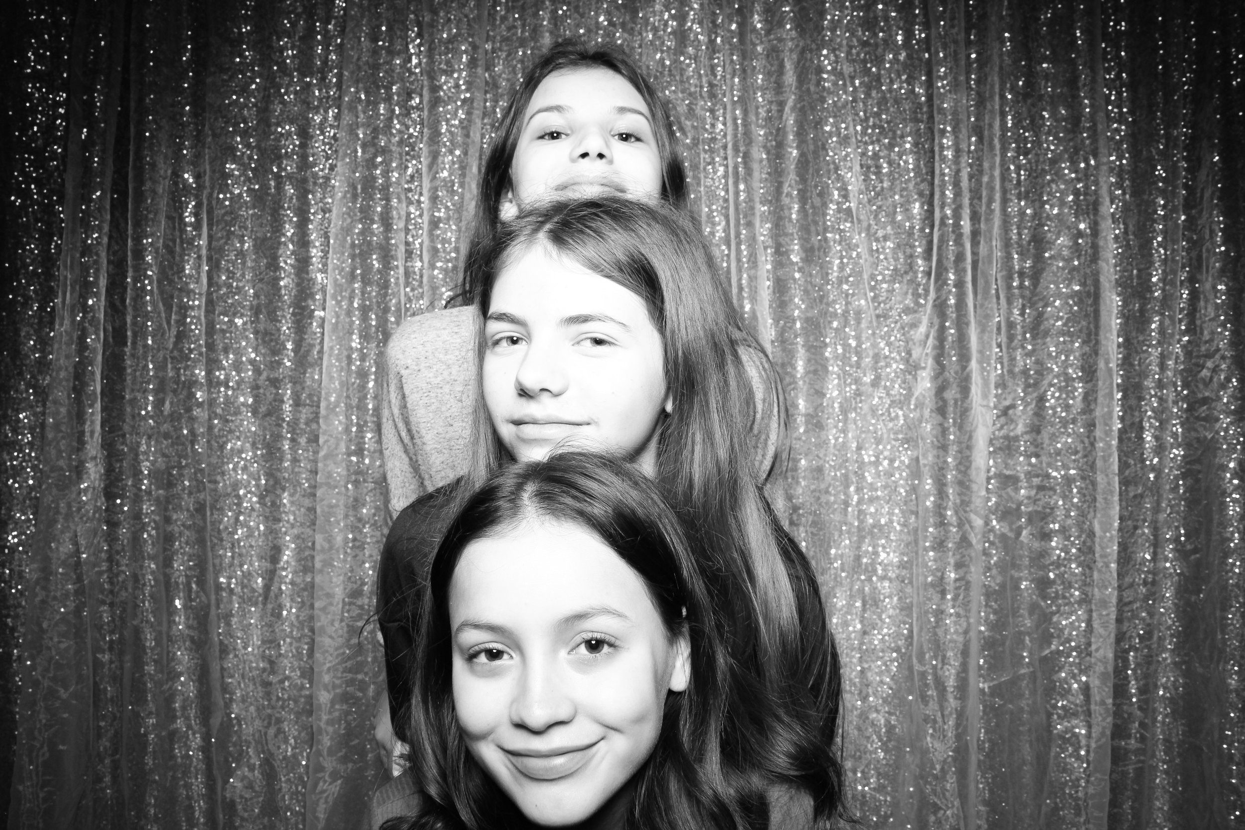 Chicago_Vintage_Wedding_Photobooth_Downers_Grove_03.jpg