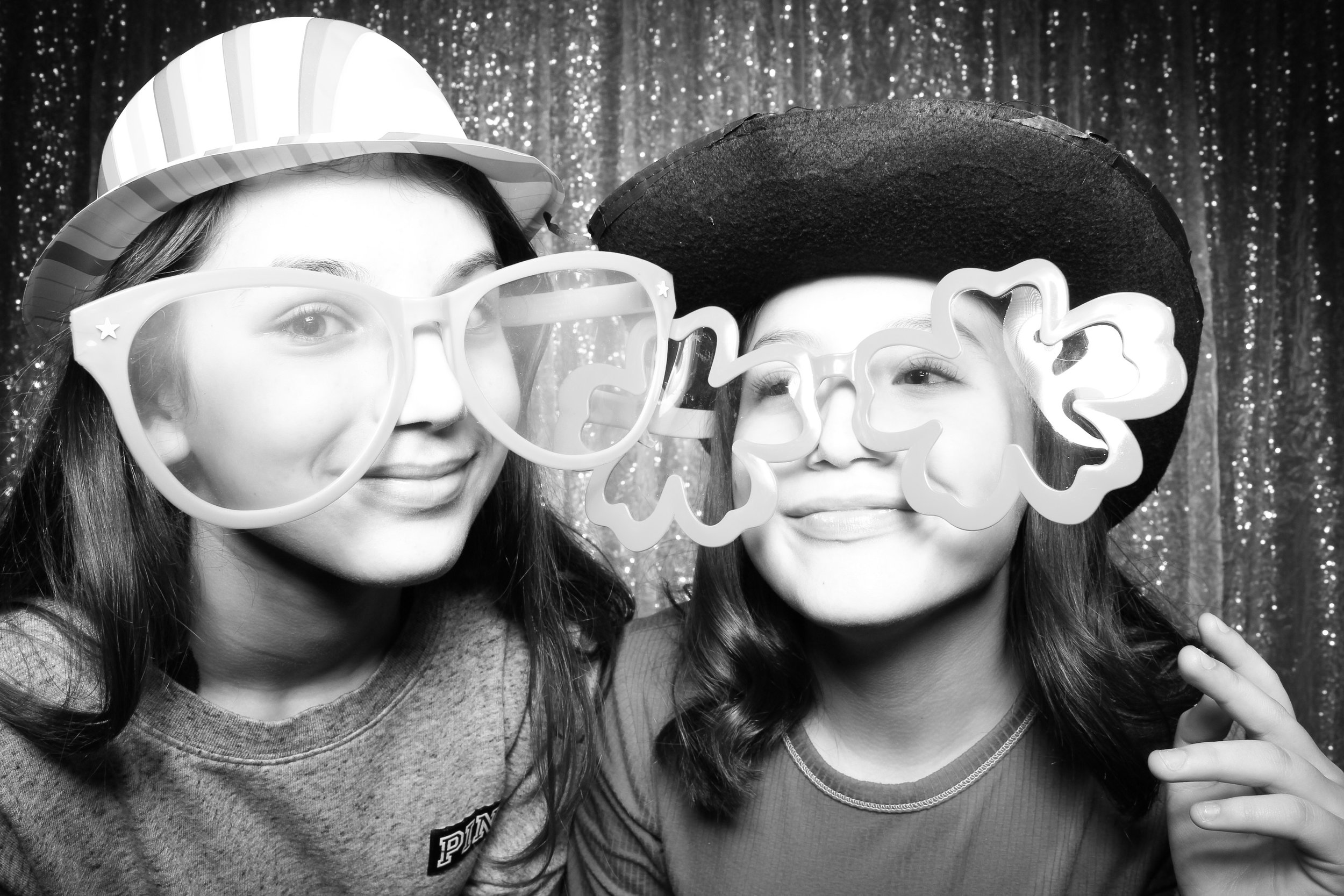 Chicago_Vintage_Wedding_Photobooth_Downers_Grove_02.jpg