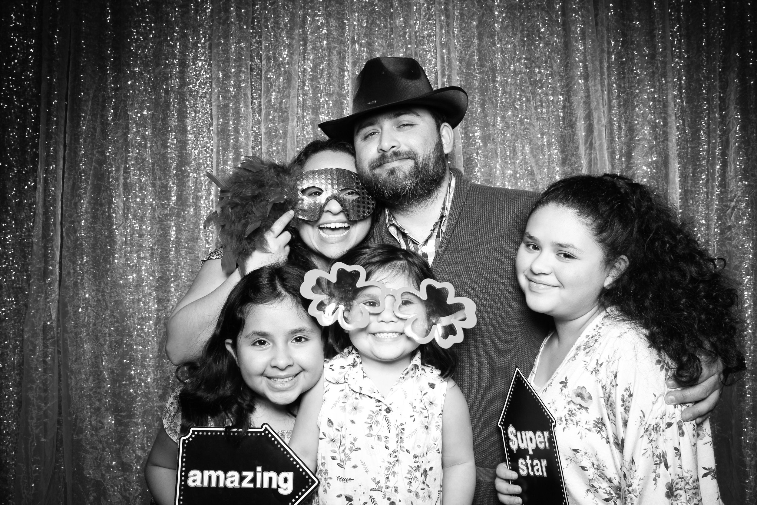 Chicago_Vintage_Wedding_Photobooth_Downers_Grove_10.jpg
