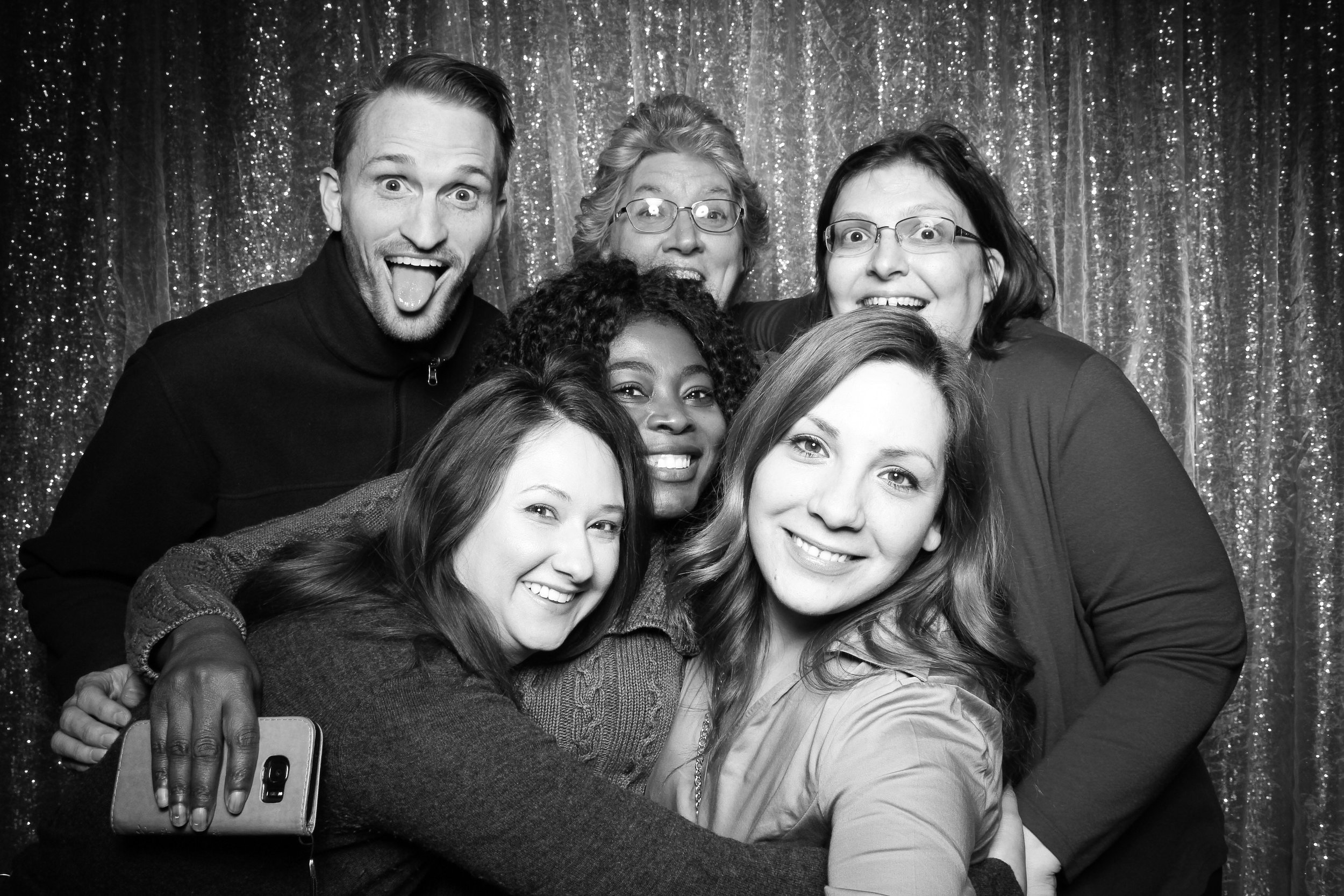 Chicago_Vintage_Wedding_Photobooth_Downers_Grove_11.jpg