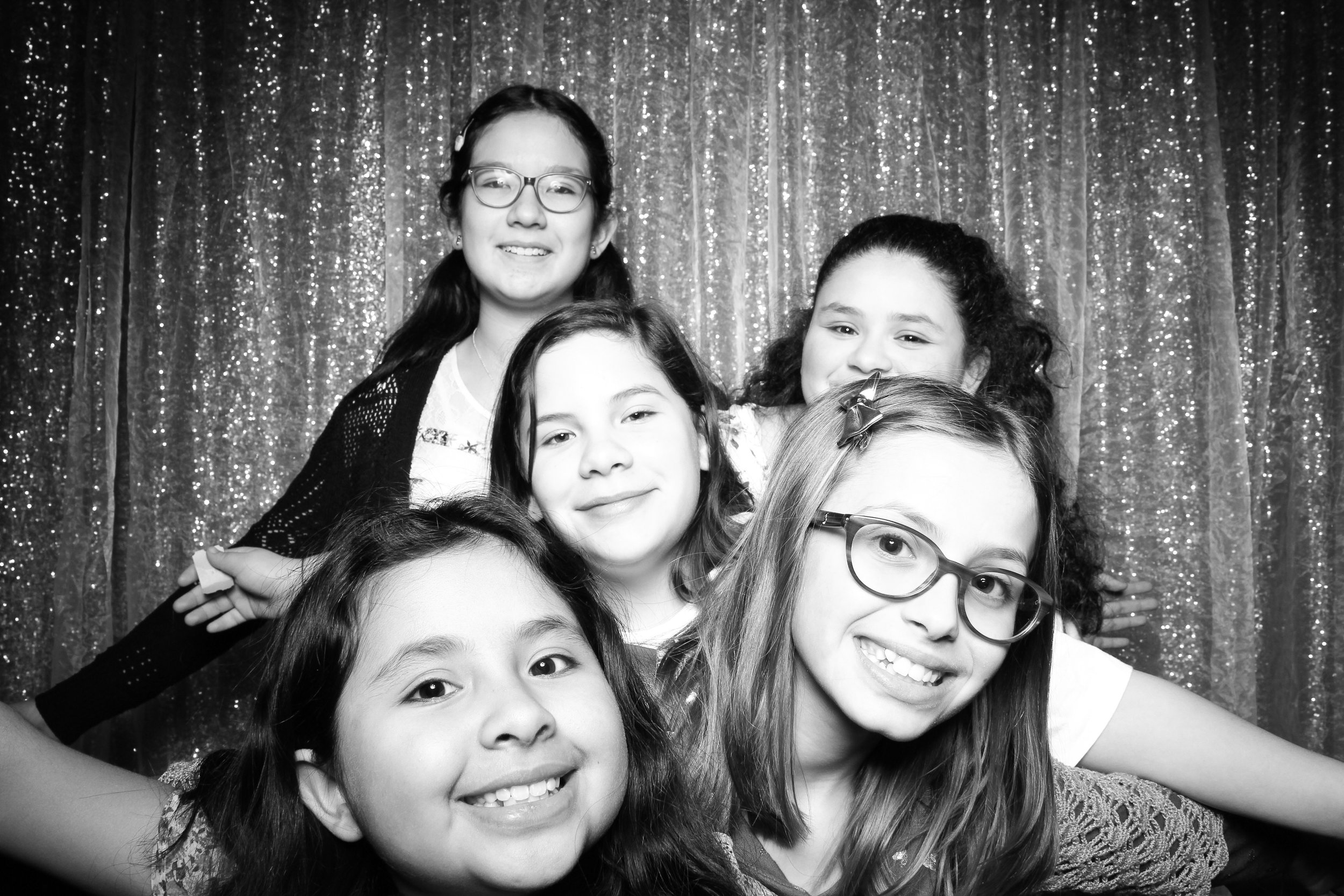 Chicago_Vintage_Wedding_Photobooth_Downers_Grove_12.jpg
