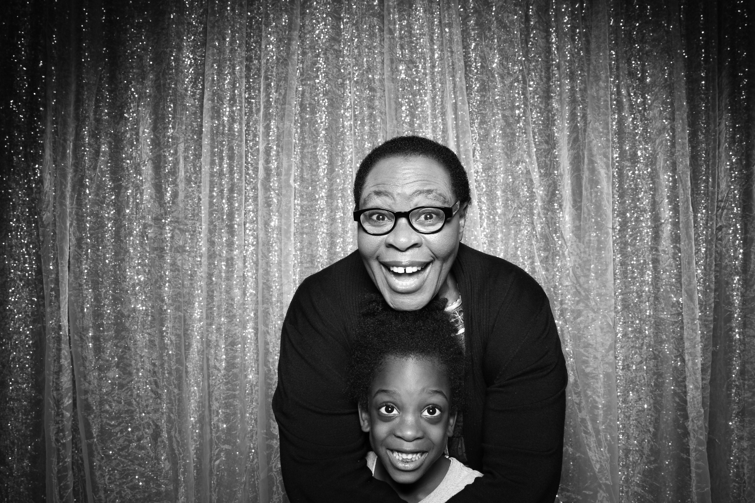 Chicago_Vintage_Wedding_Photobooth_Downers_Grove_32.jpg