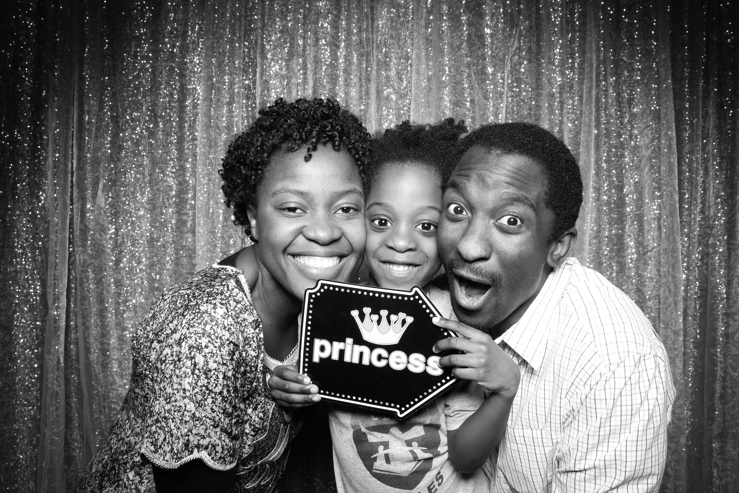 Chicago_Vintage_Wedding_Photobooth_Downers_Grove_42.jpg