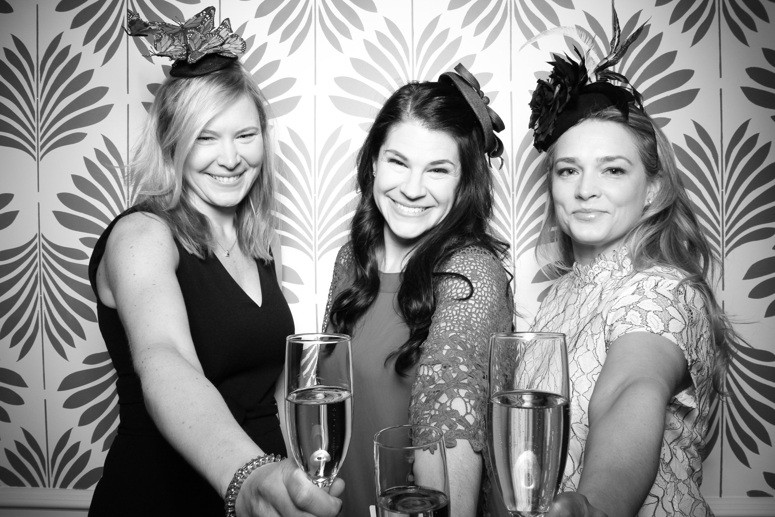 LaGrange_Country_Club_Photo_Booth_Wedding_Reception__04.jpg