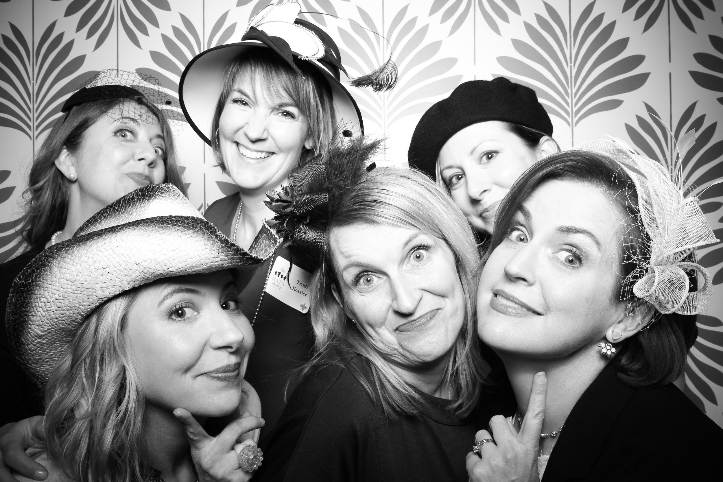 LaGrange_Country_Club_Photo_Booth_Wedding_Reception__22.jpg
