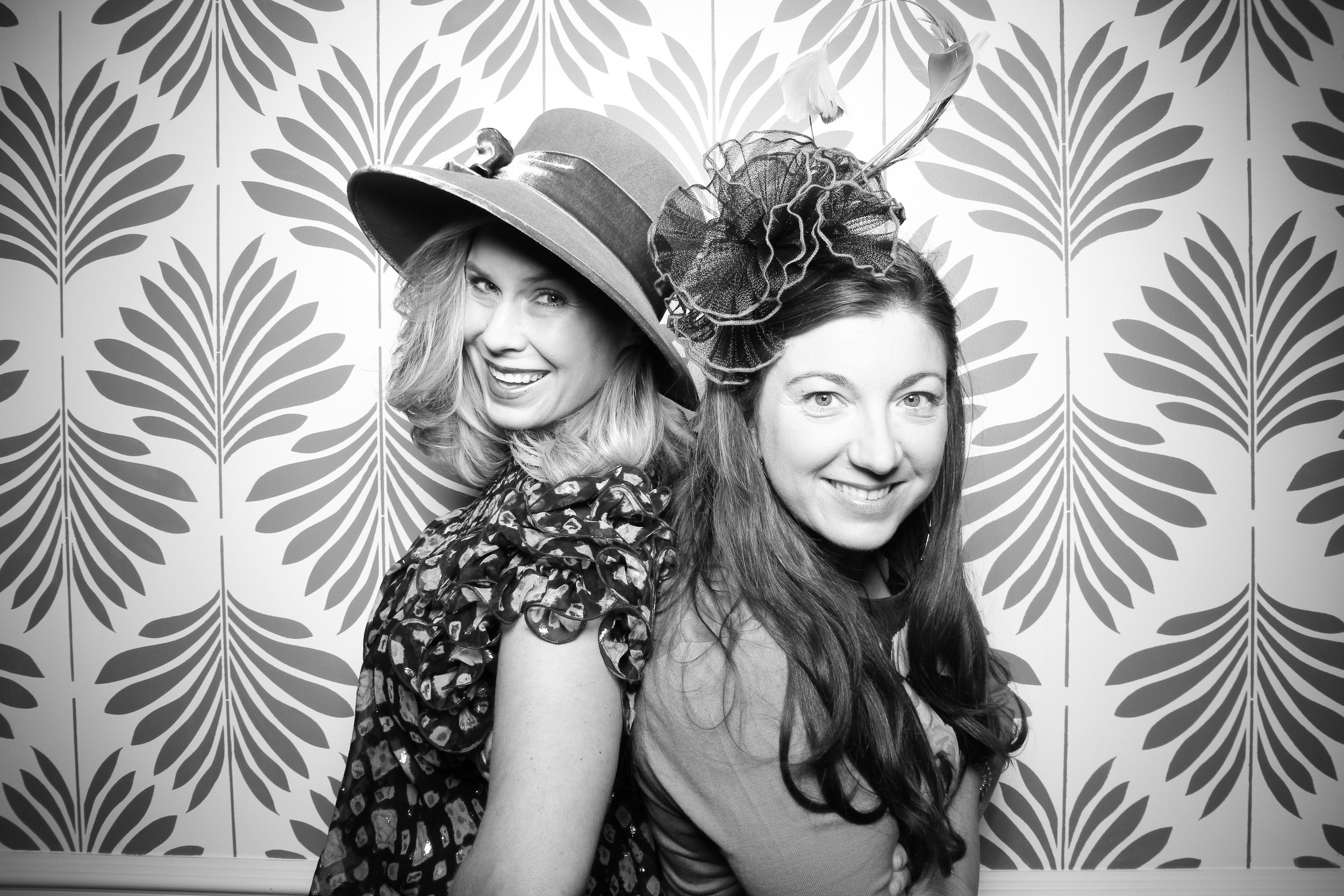 LaGrange_Country_Club_Photo_Booth_Wedding_Reception__24.jpg