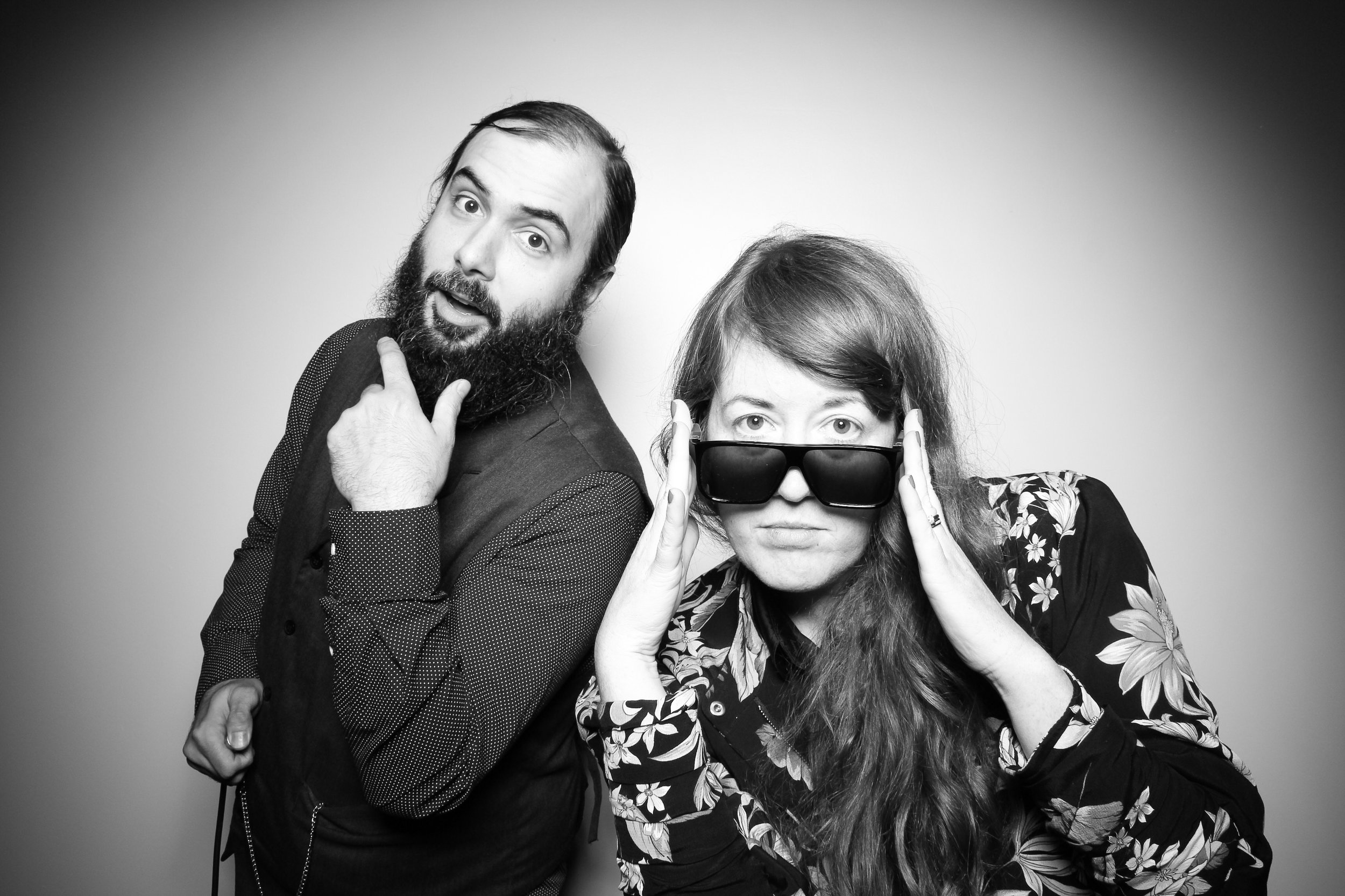 Venue_West_J&L_Catering_Chicago_Photo_Booth_Vitnage__01.jpg