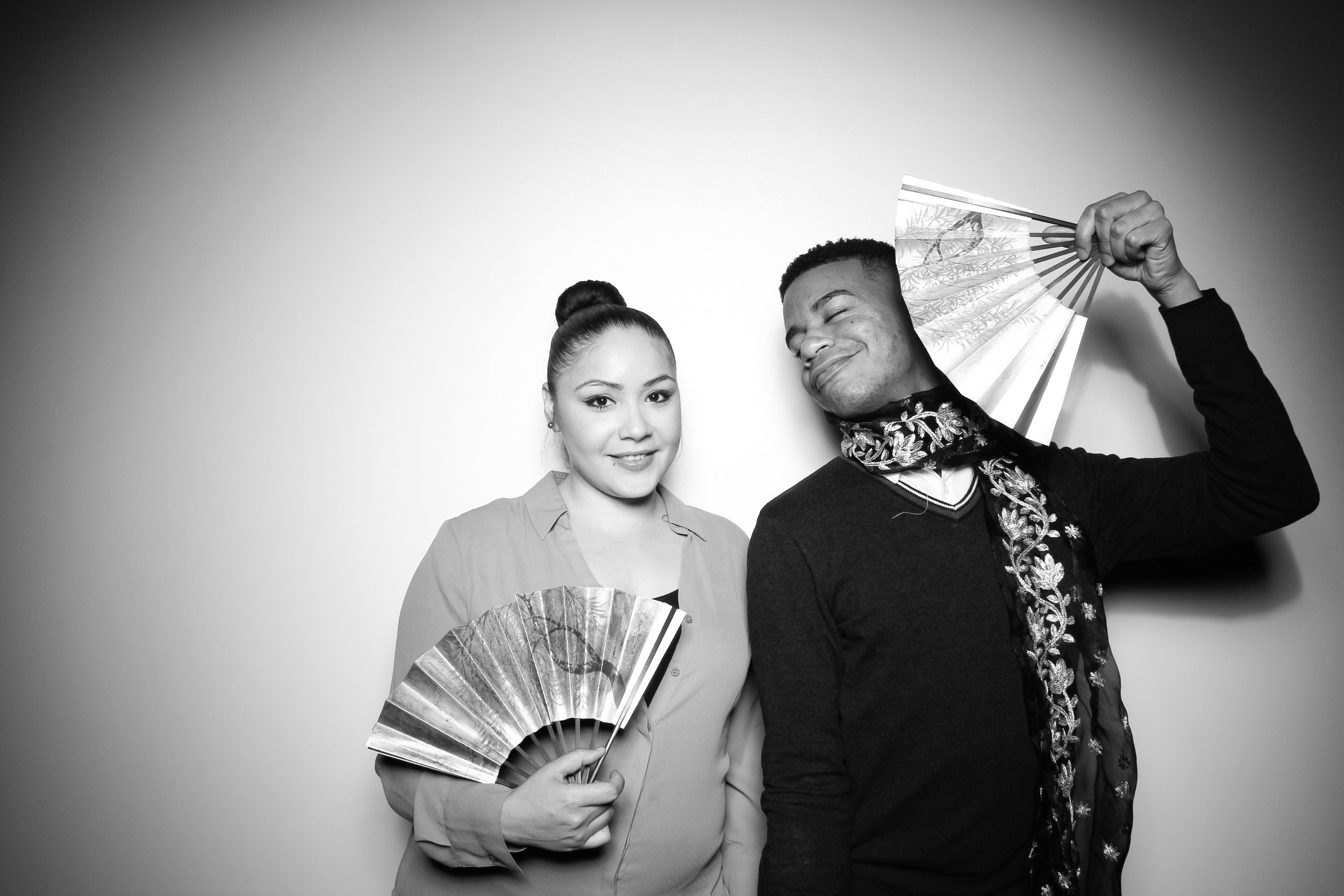 Venue_West_J&L_Catering_Chicago_Photo_Booth_Vitnage__07.jpg
