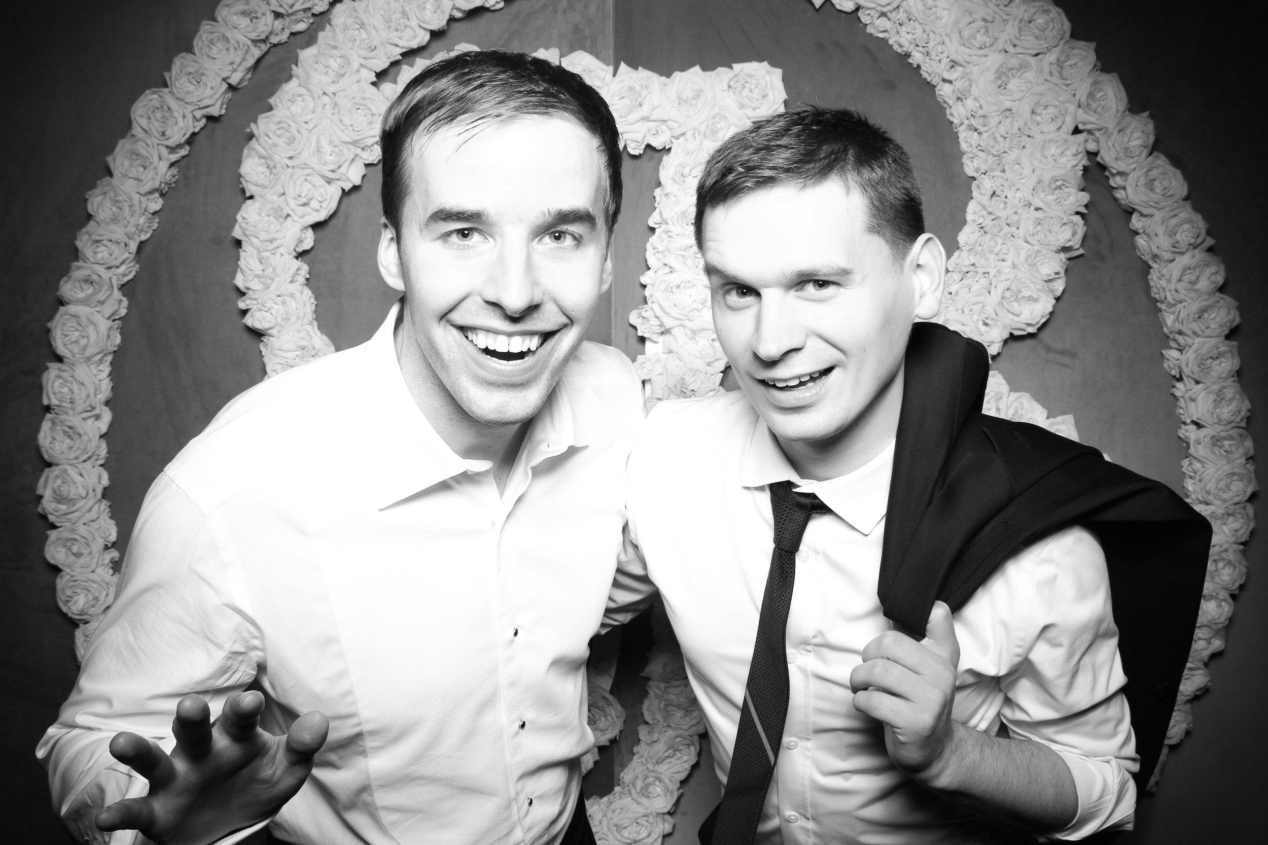 Photo_Booth_Rental_At_Standard_Club_Wedding_Chicago_12.jpg