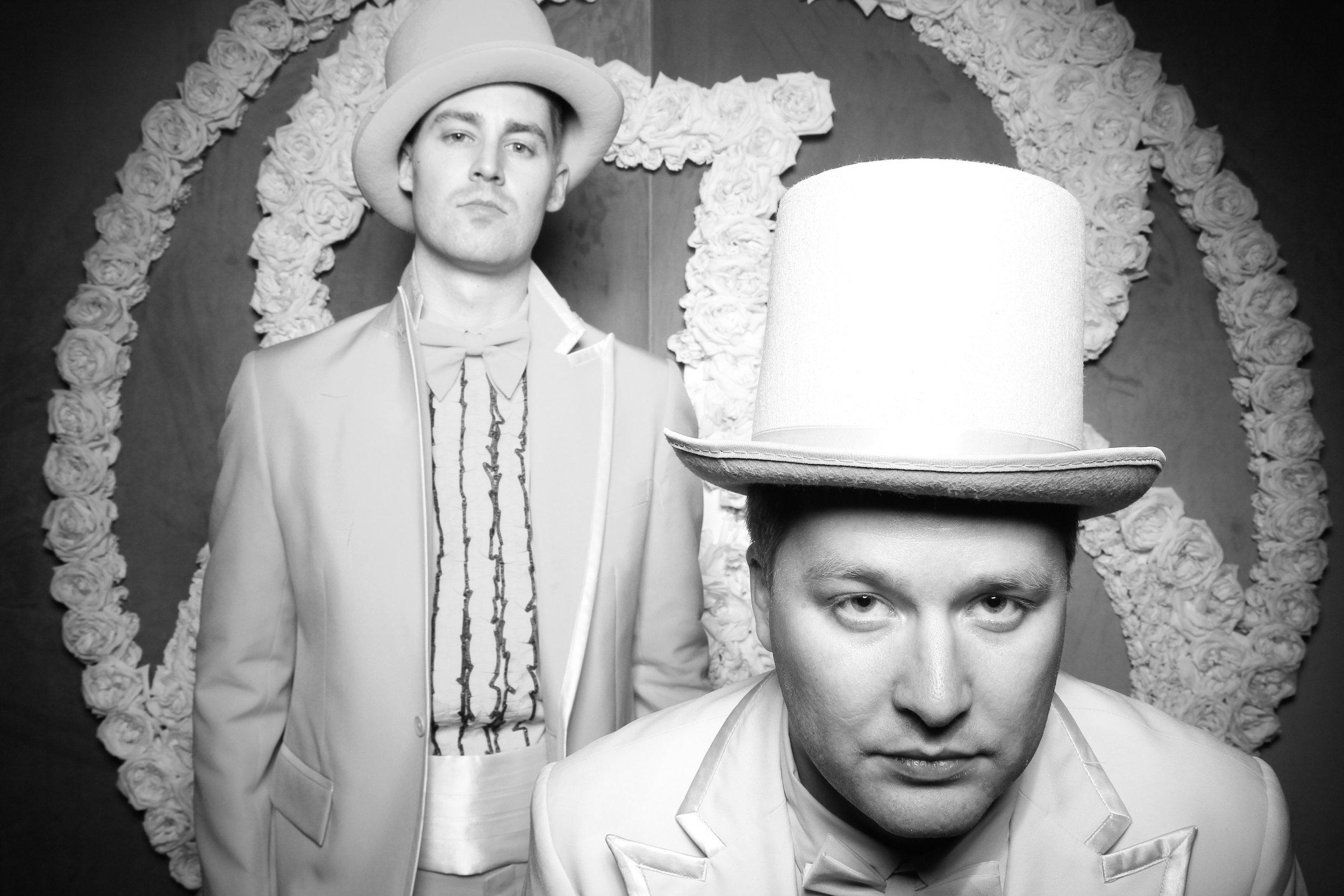 Photo_Booth_Rental_At_Standard_Club_Wedding_Chicago_23.jpg